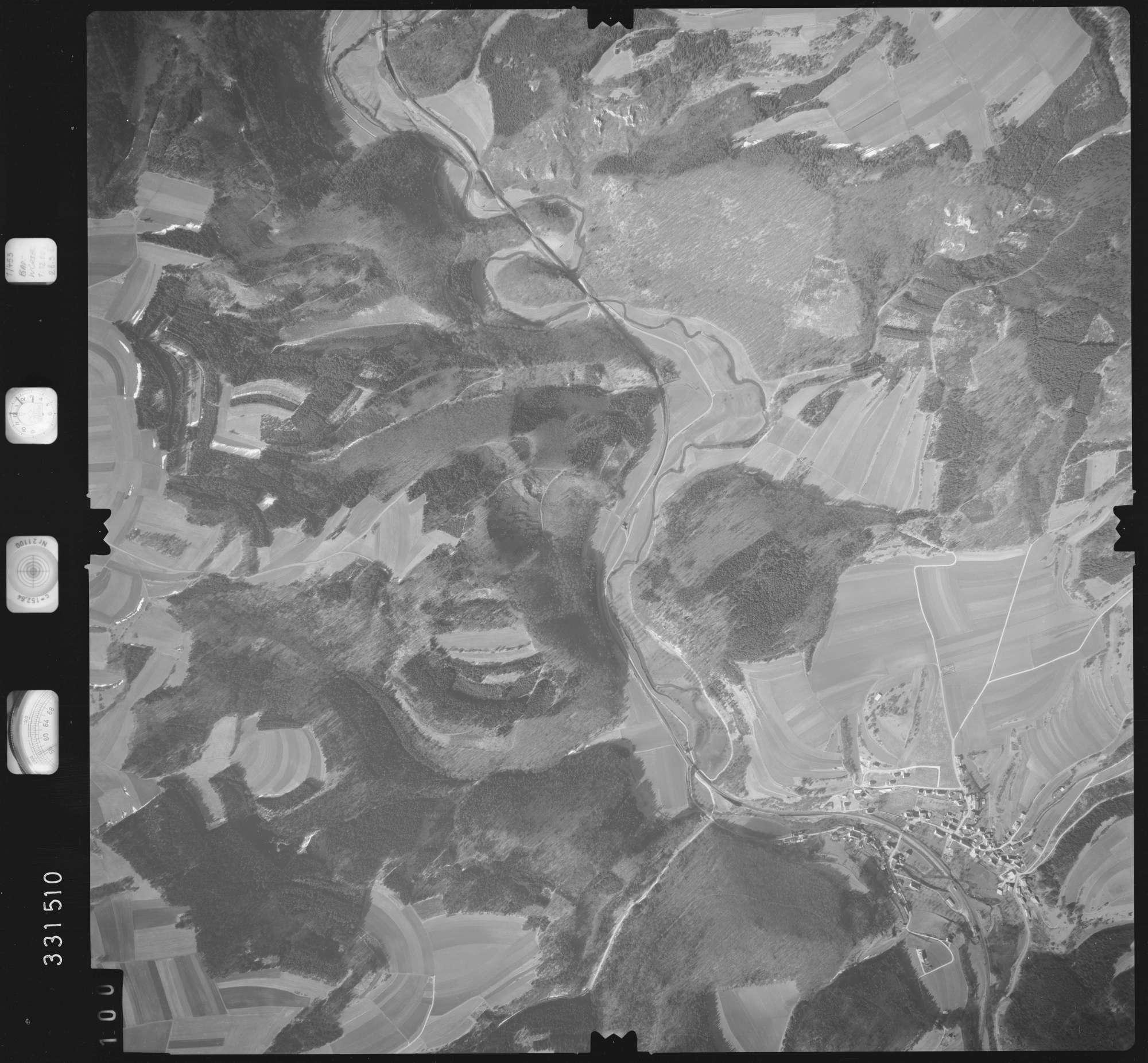 Luftbild: Film 51 Bildnr. 100, Bild 1
