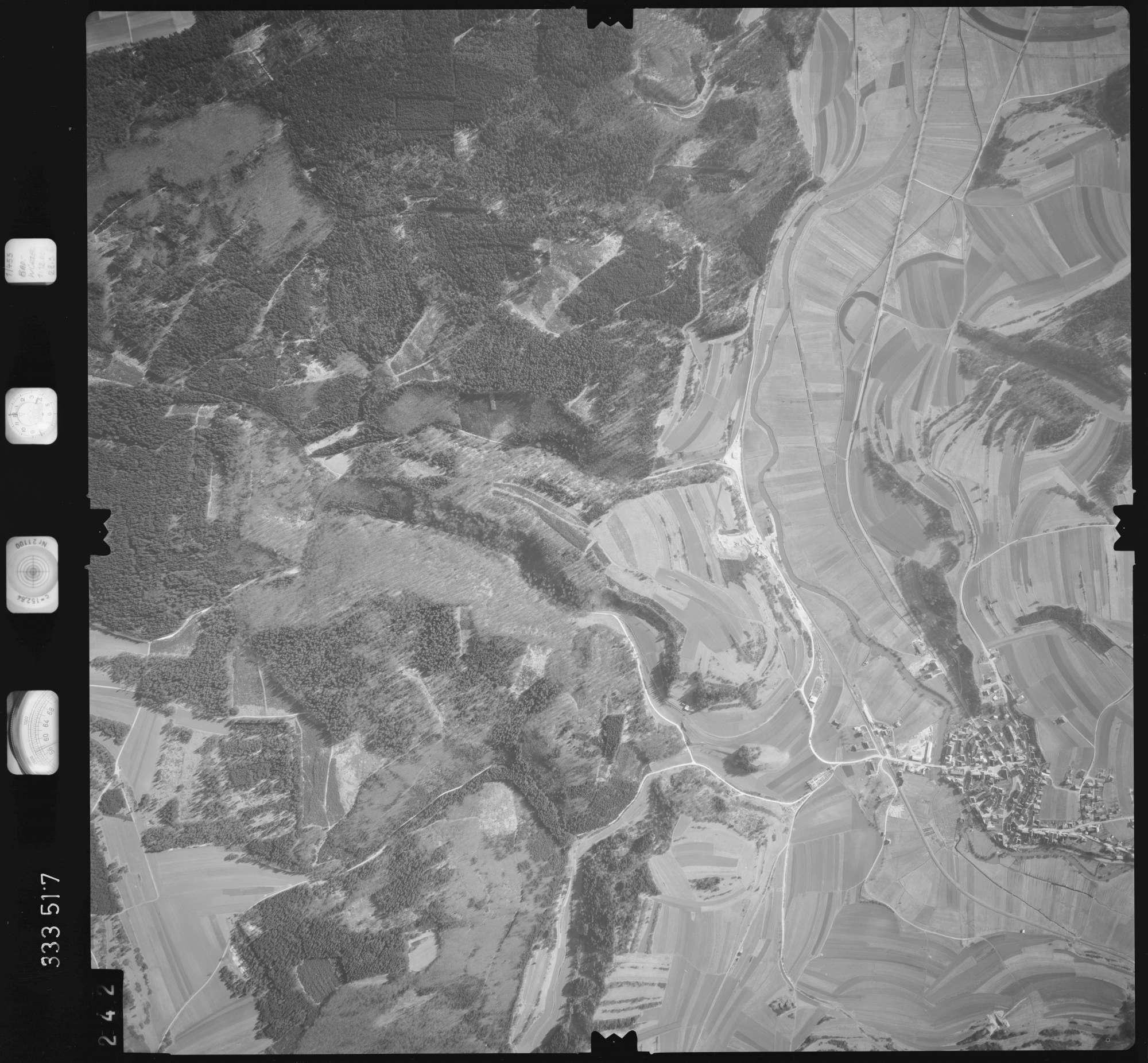 Luftbild: Film 51 Bildnr. 242, Bild 1