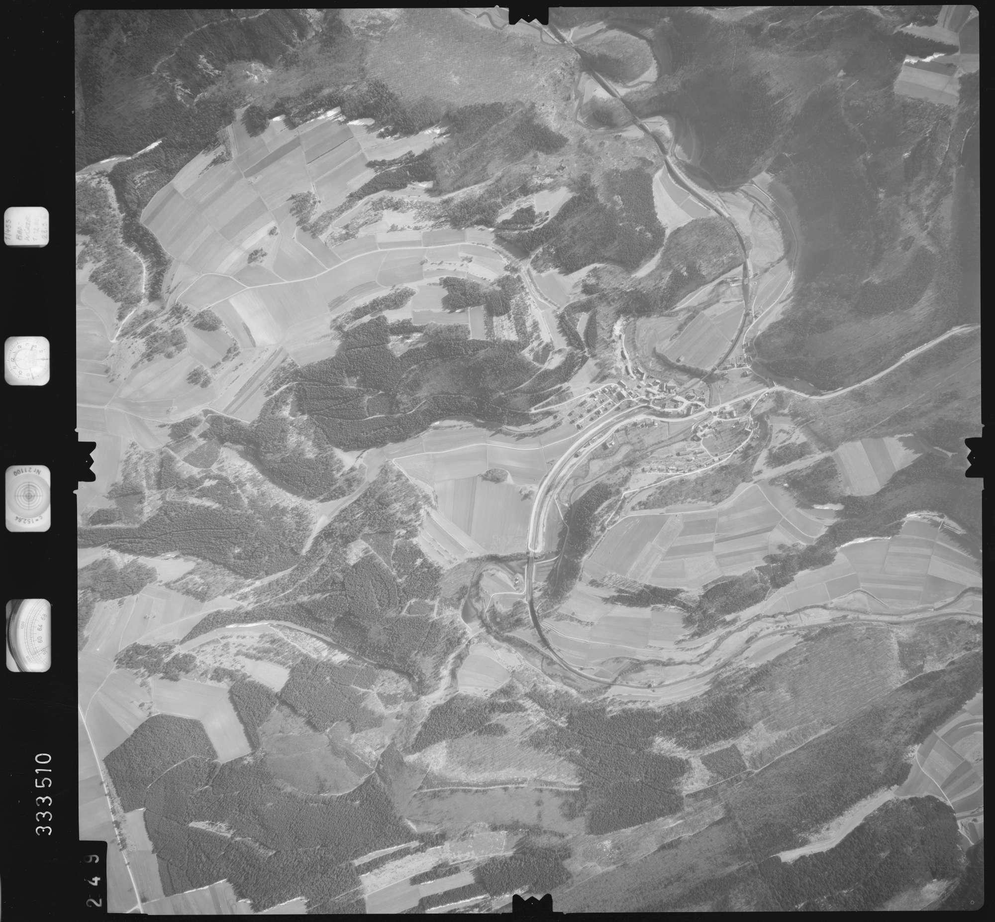 Luftbild: Film 51 Bildnr. 249, Bild 1