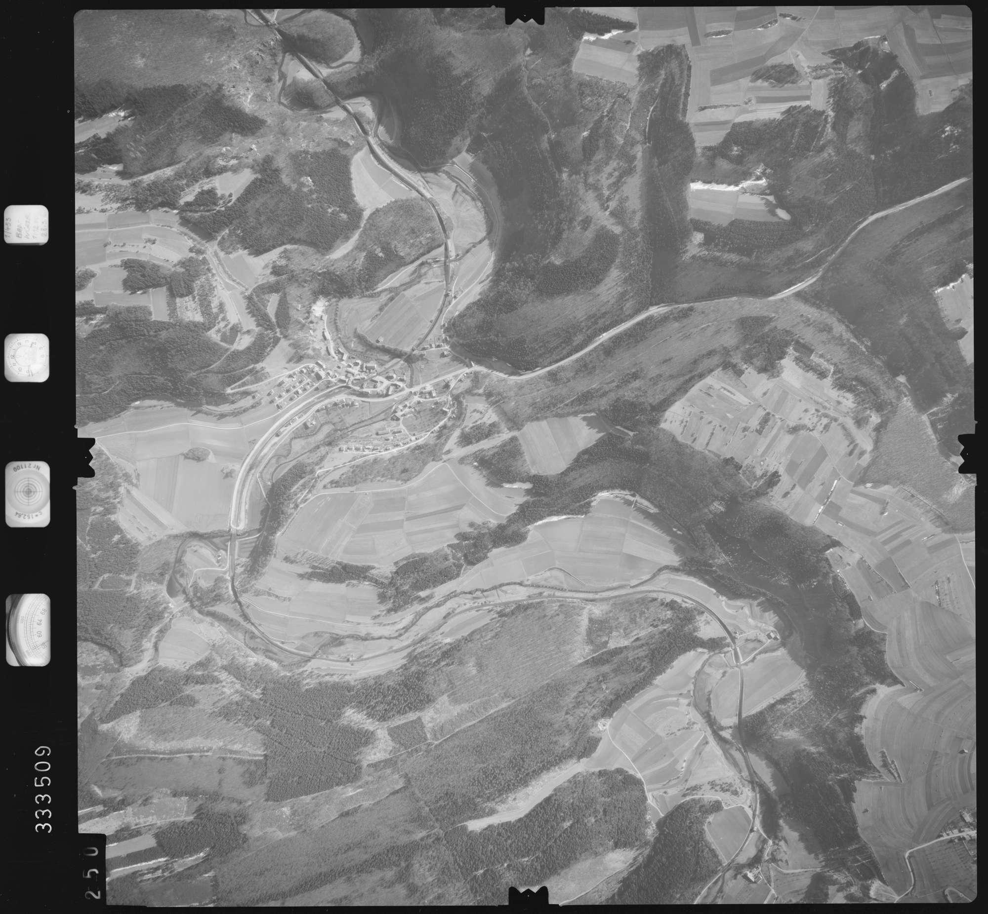 Luftbild: Film 51 Bildnr. 250, Bild 1