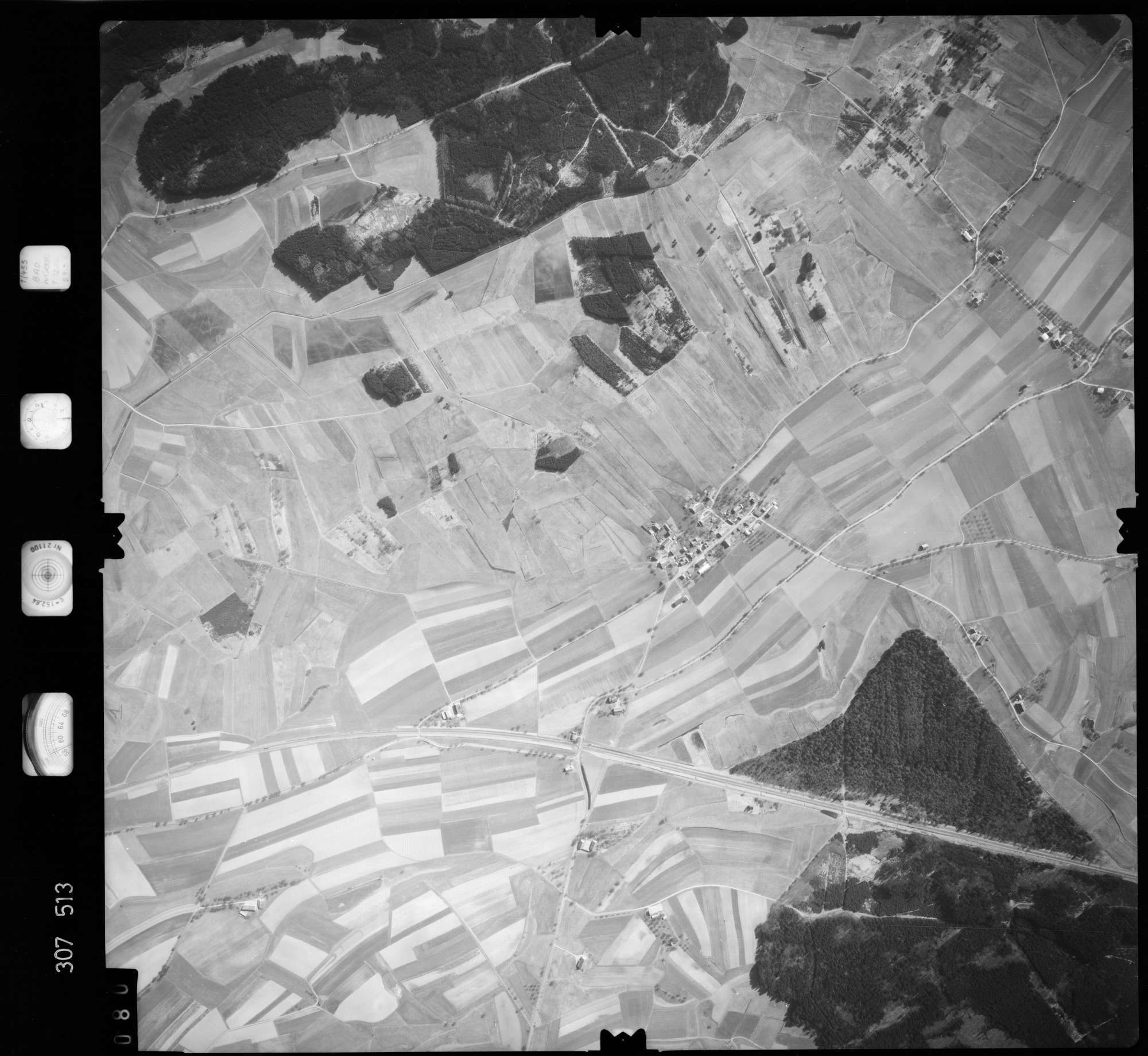 Luftbild: Film 61 Bildnr. 80, Bild 1