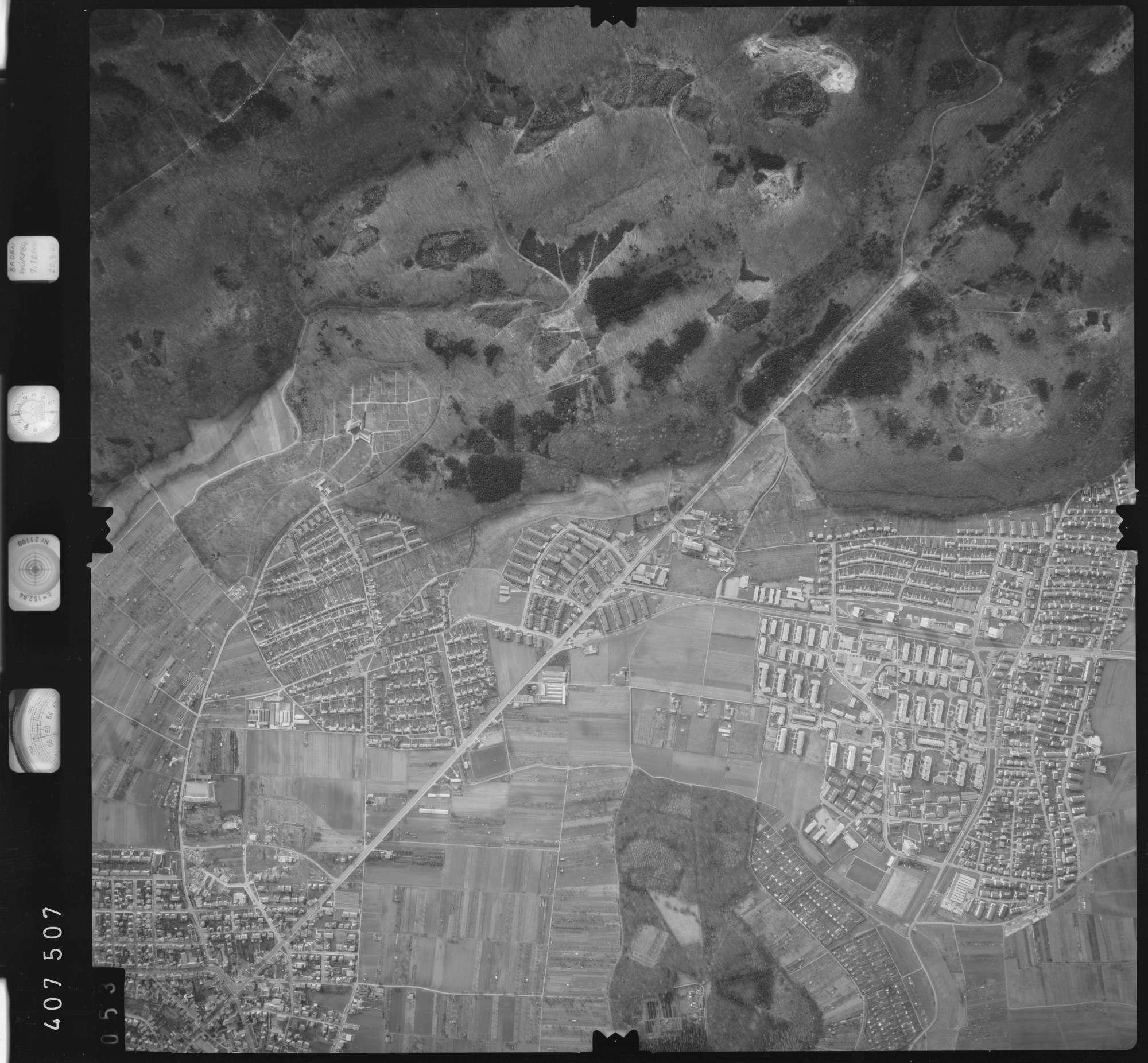 Luftbild: Film 5 Bildnr. 53, Bild 1