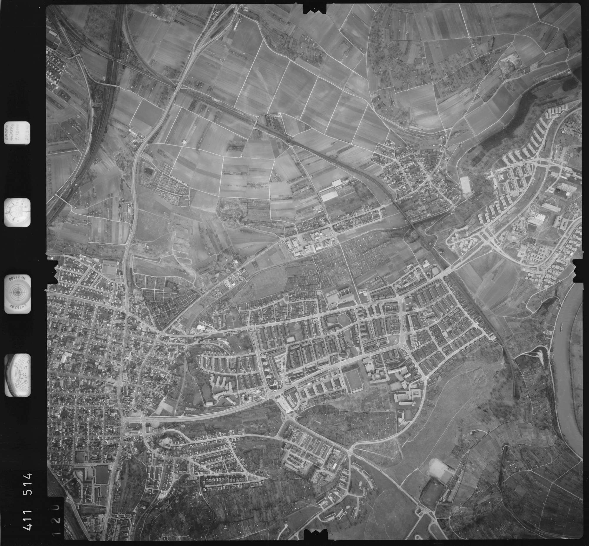 Luftbild: Film 5 Bildnr. 120, Bild 1