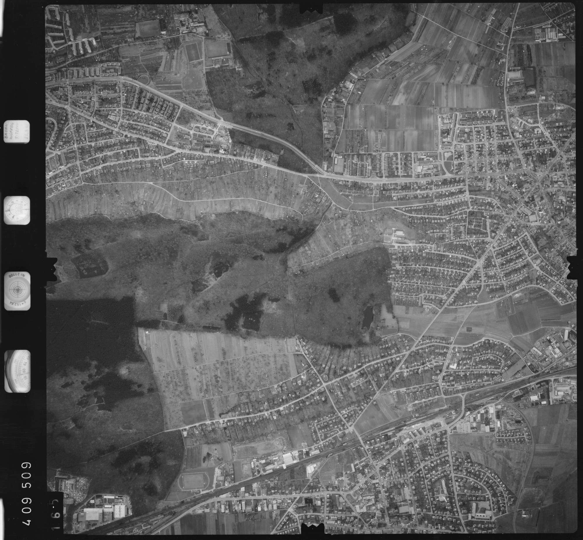 Luftbild: Film 5 Bildnr. 165, Bild 1