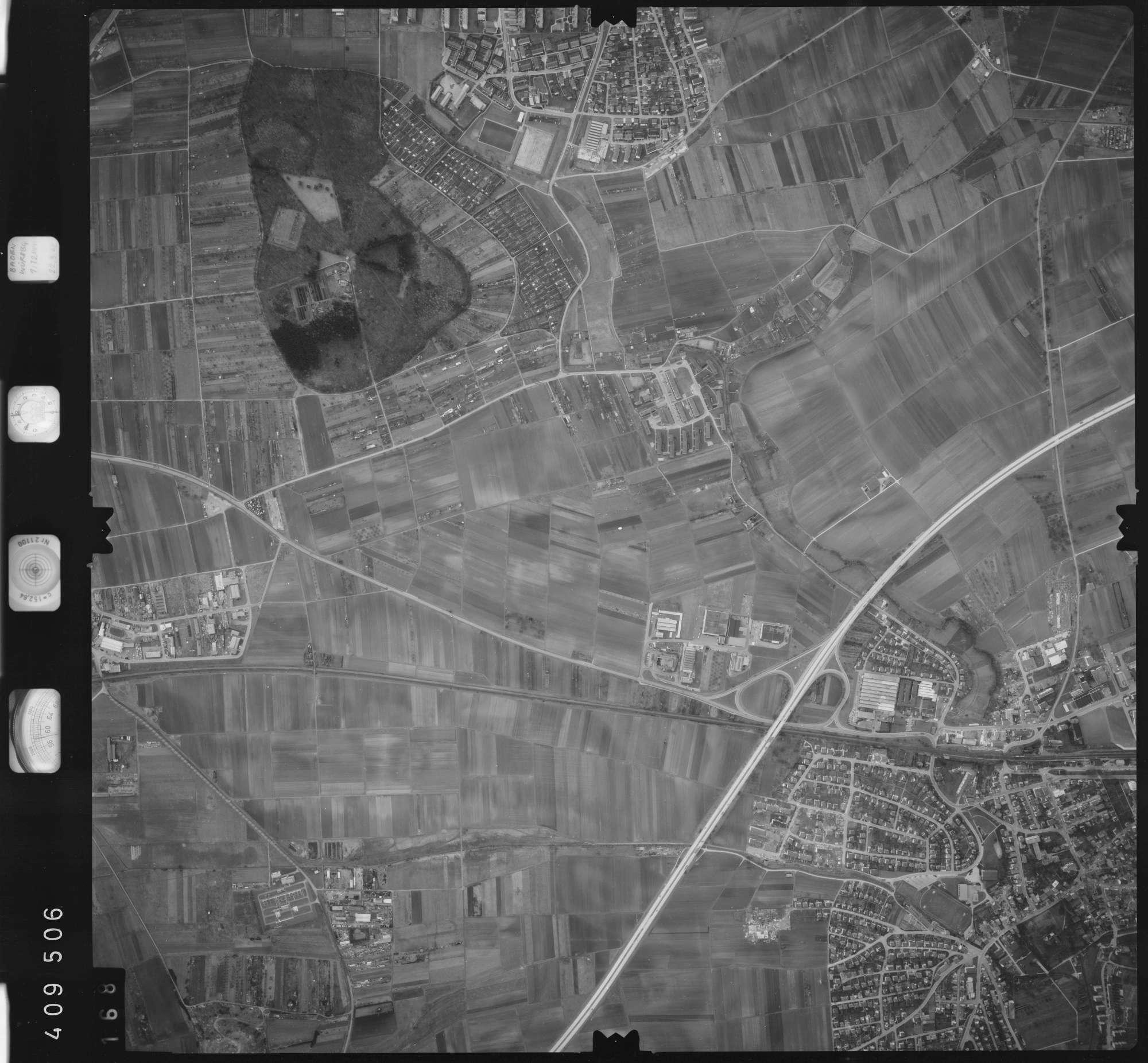 Luftbild: Film 5 Bildnr. 168, Bild 1
