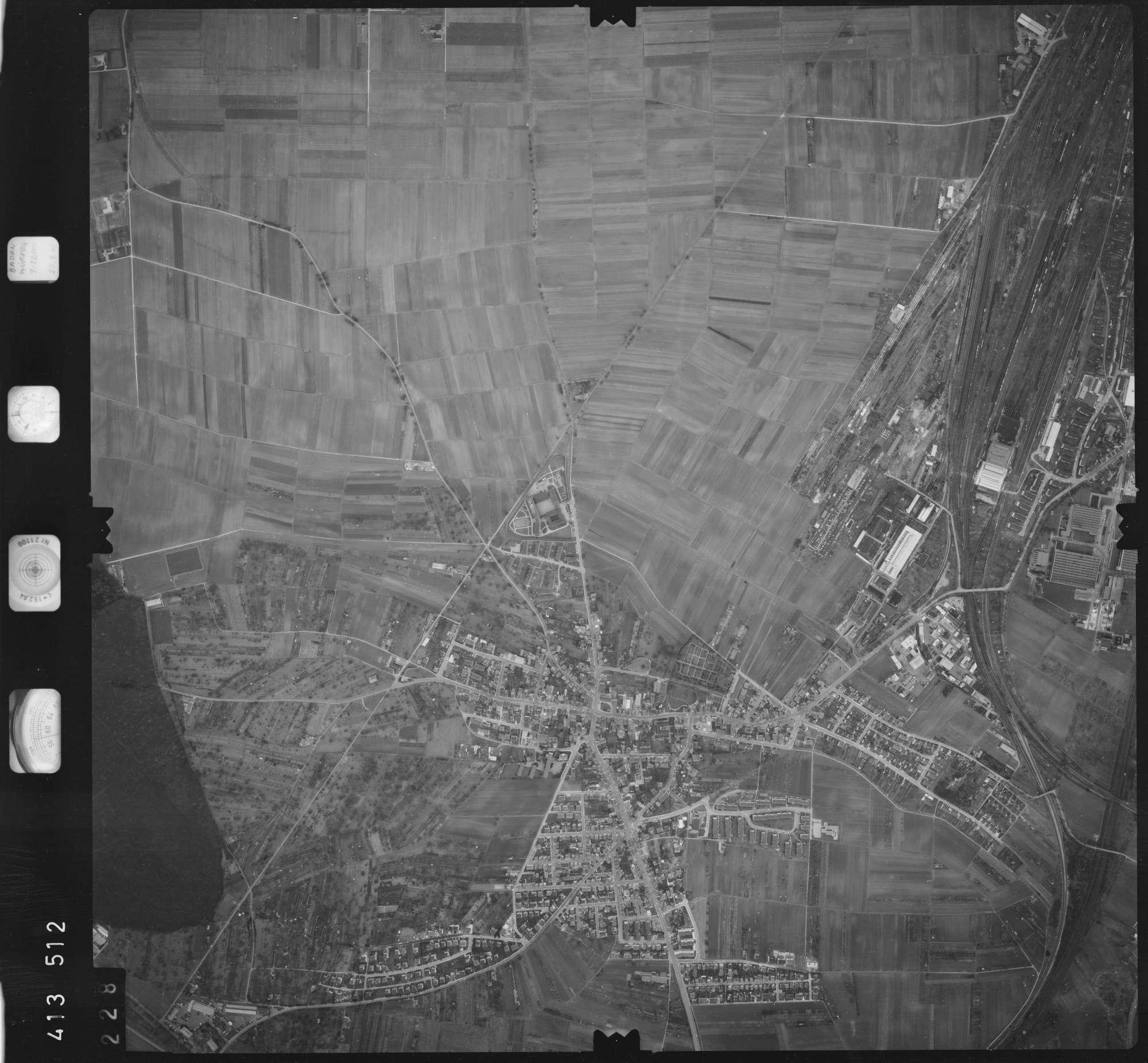 Luftbild: Film 5 Bildnr. 228, Bild 1