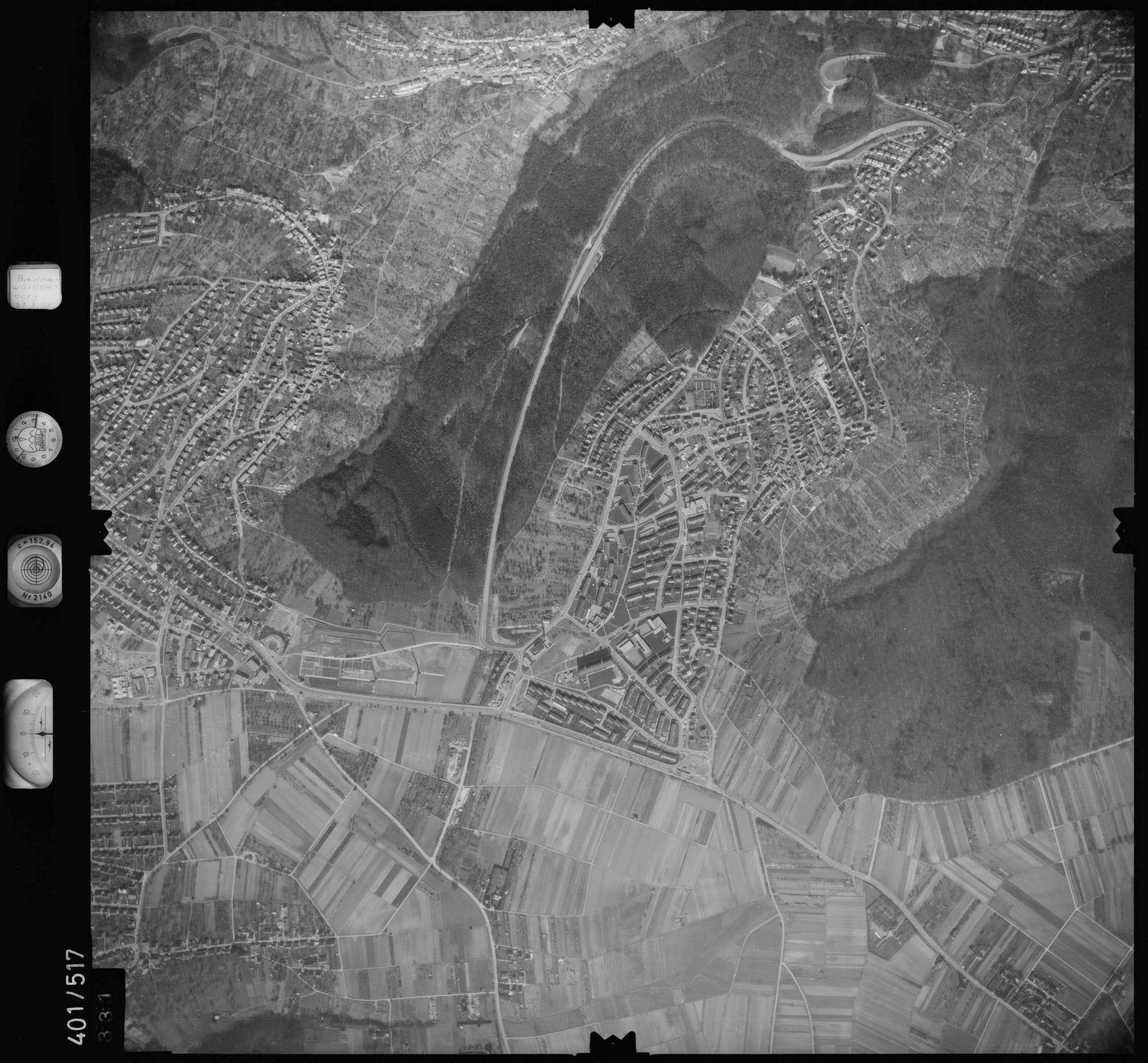 Luftbild: Film 10 Bildnr. 331, Bild 1