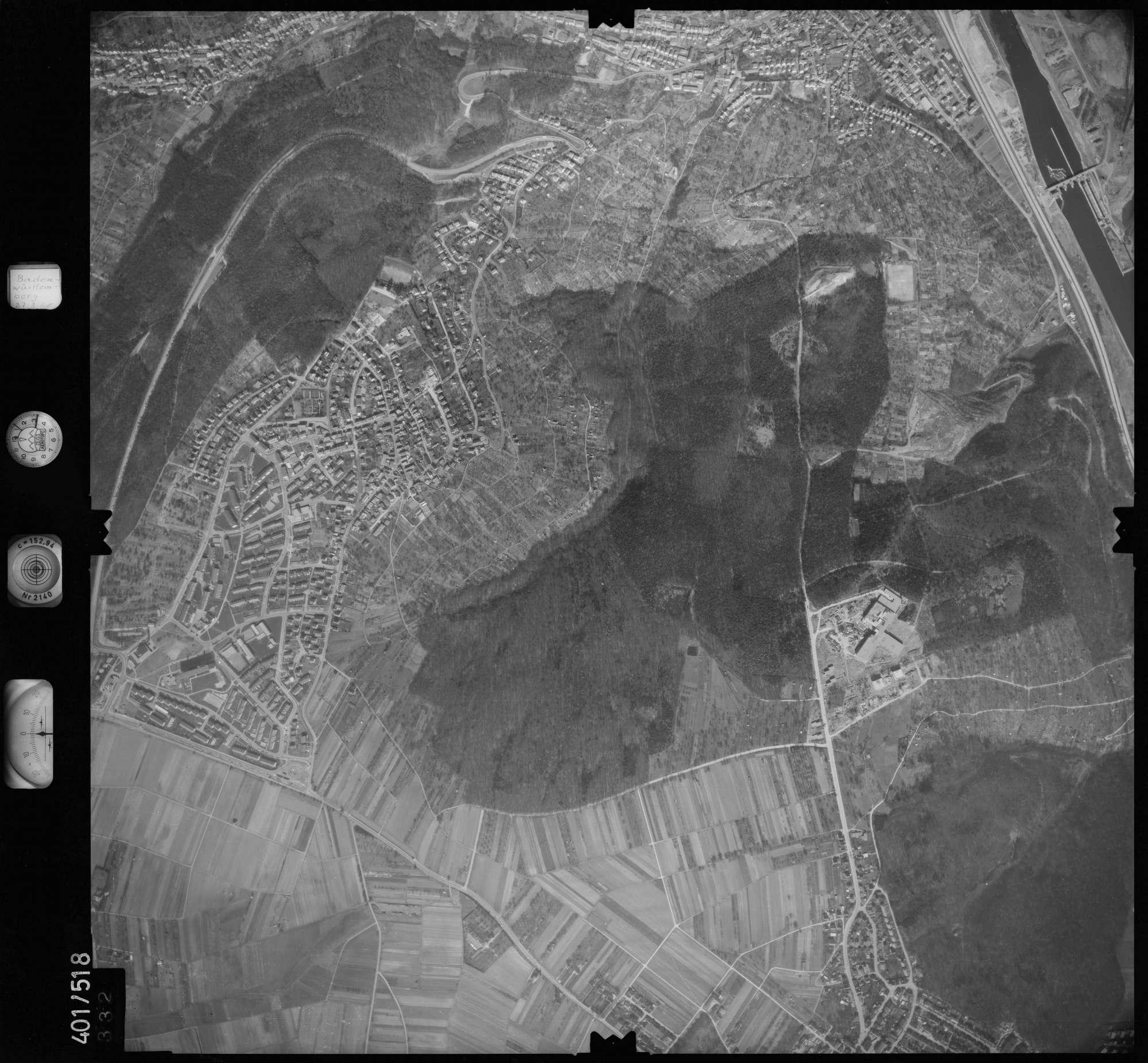 Luftbild: Film 10 Bildnr. 332, Bild 1