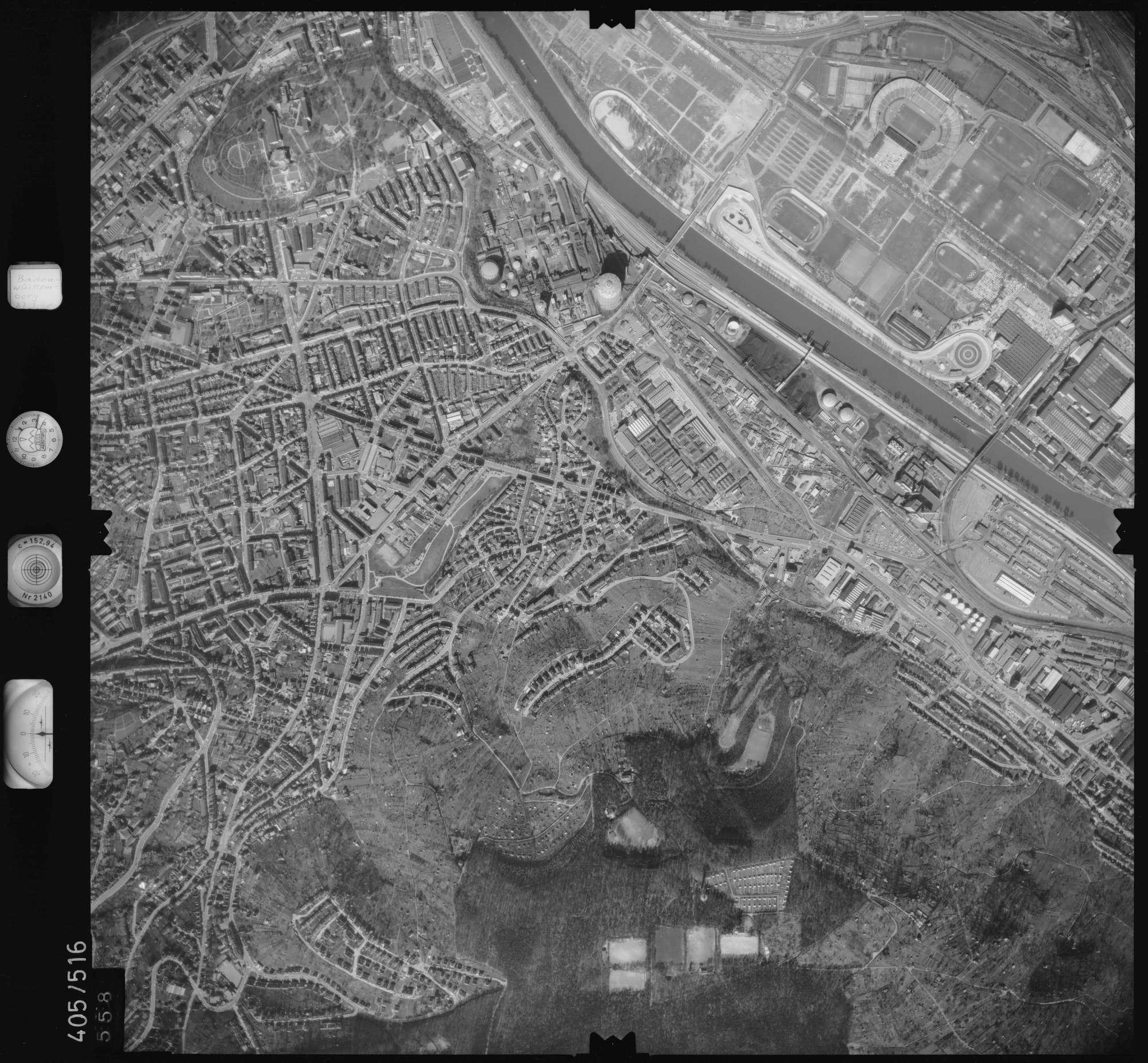 Luftbild: Film 10 Bildnr. 558, Bild 1