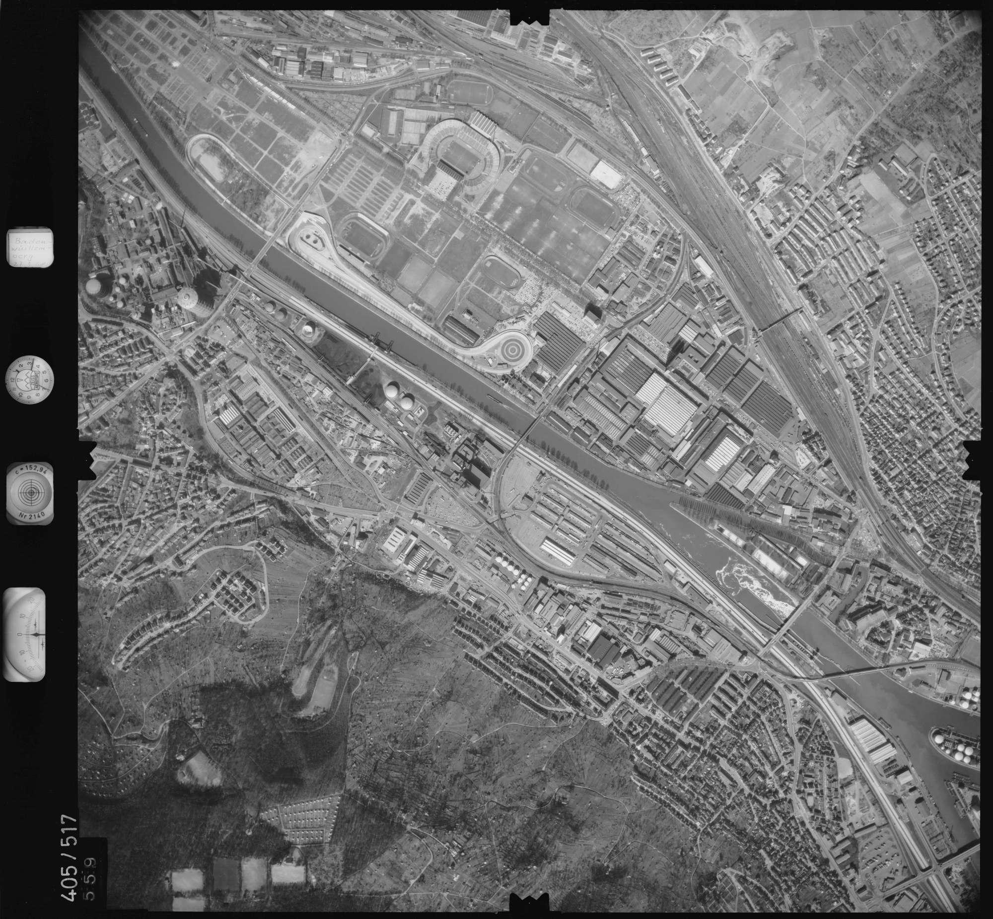 Luftbild: Film 10 Bildnr. 559, Bild 1