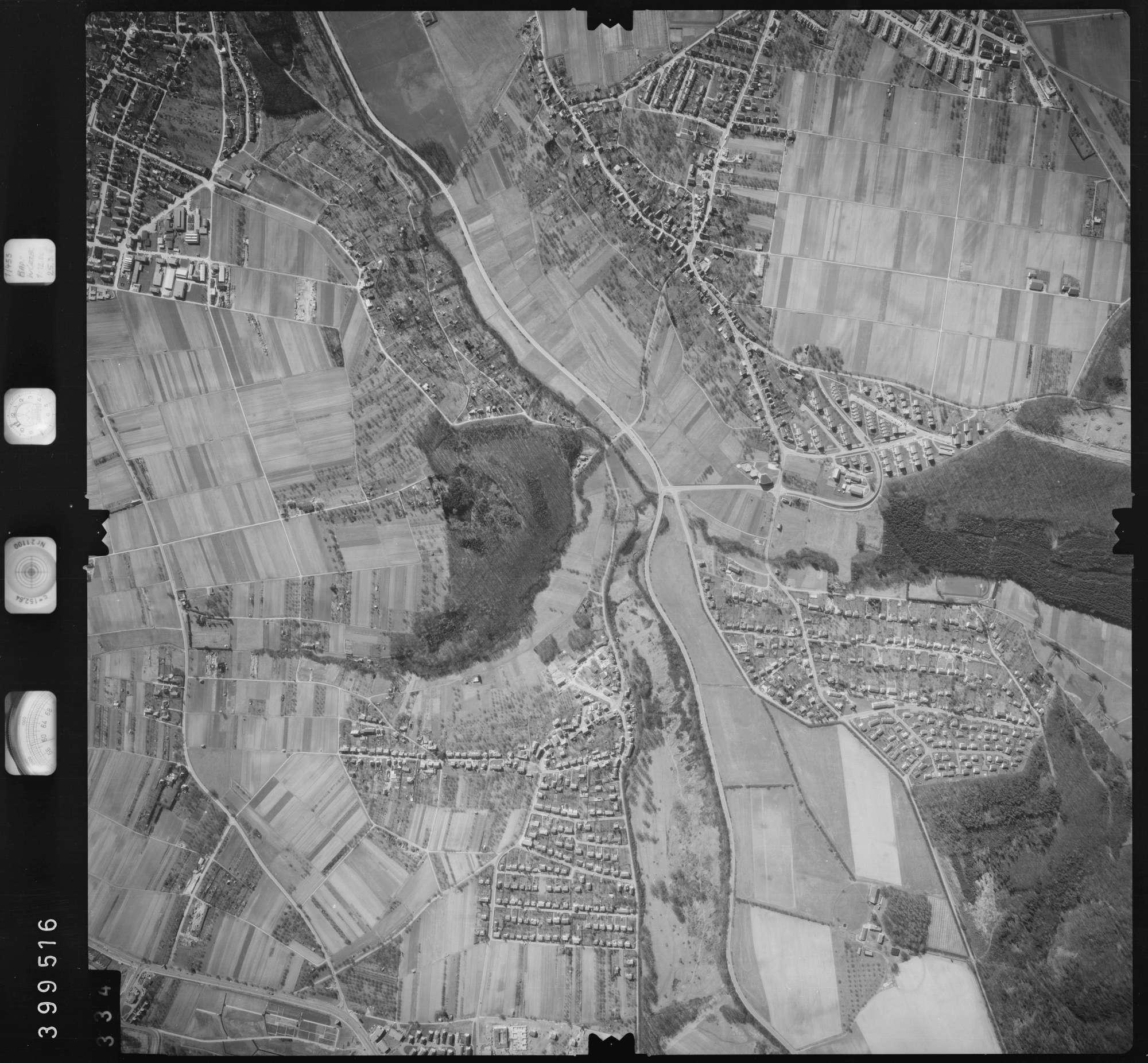 Luftbild: Film 13 Bildnr. 334, Bild 1