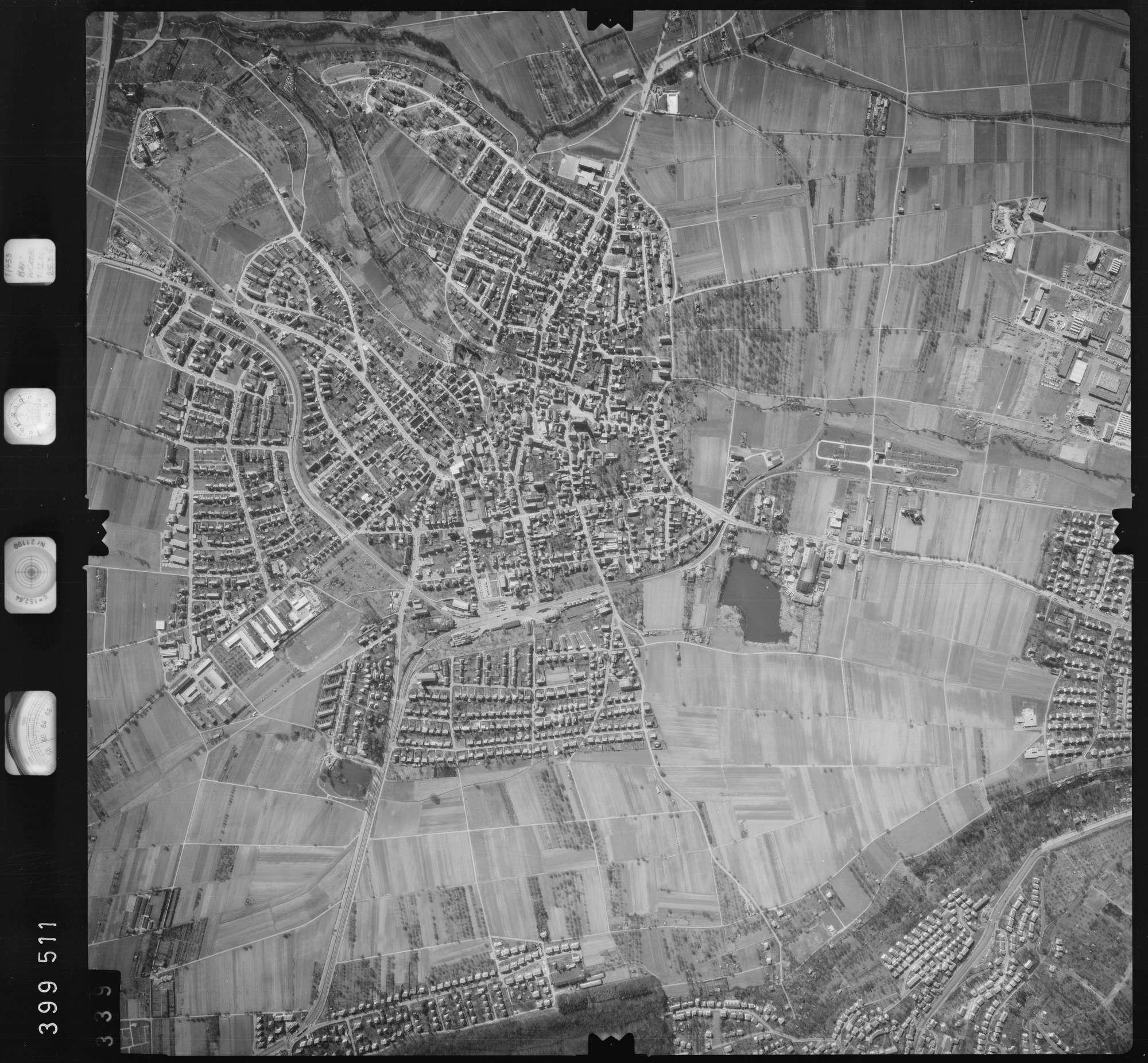 Luftbild: Film 13 Bildnr. 339, Bild 1