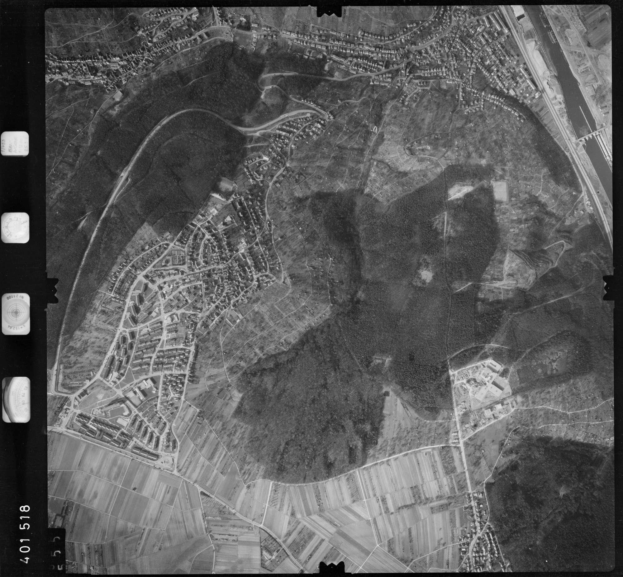 Luftbild: Film 23 Bildnr. 555, Bild 1