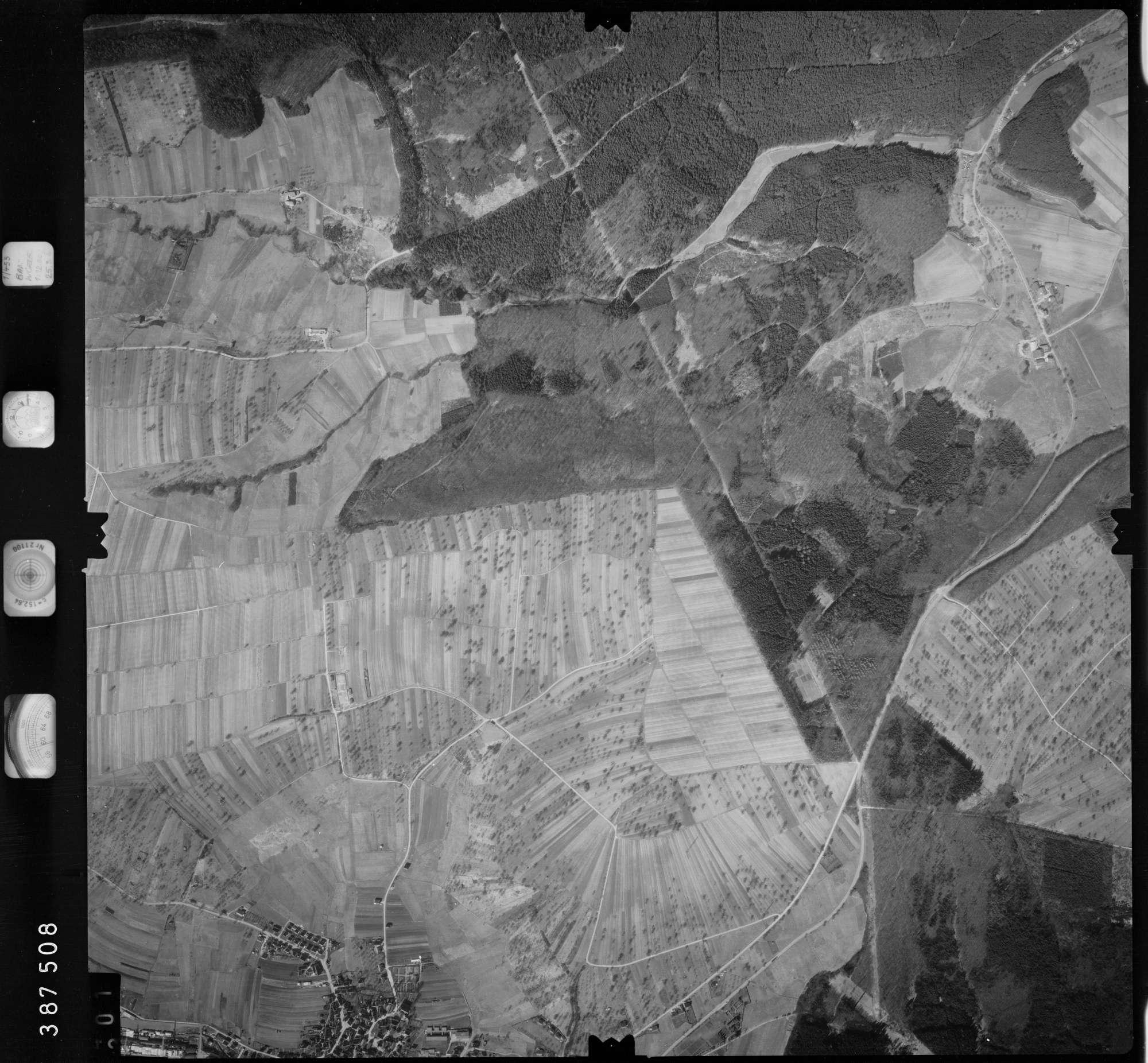 Luftbild: Film 23 Bildnr. 301, Bild 1