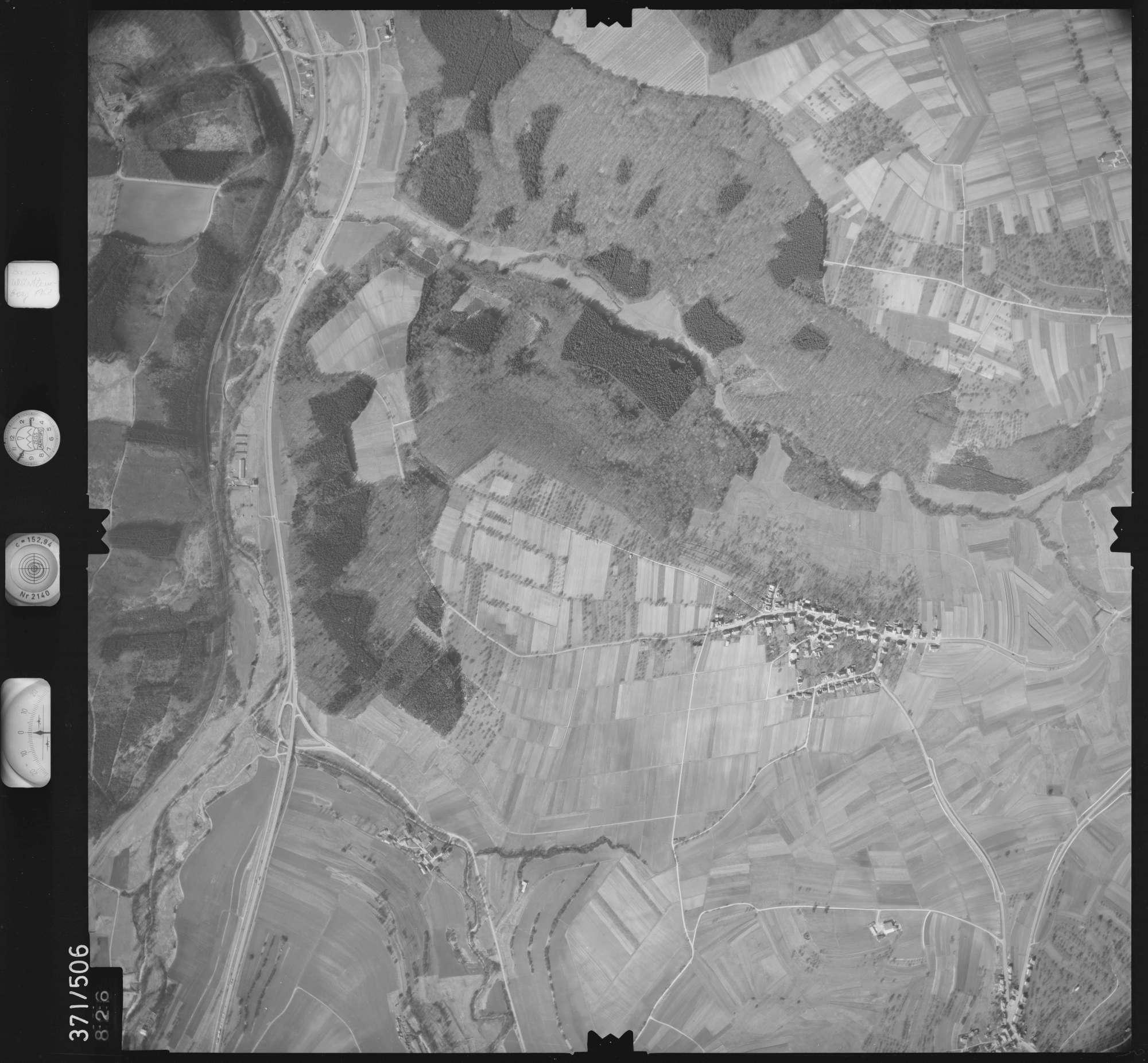 Luftbild: Film 33 Bildnr. 826, Bild 1
