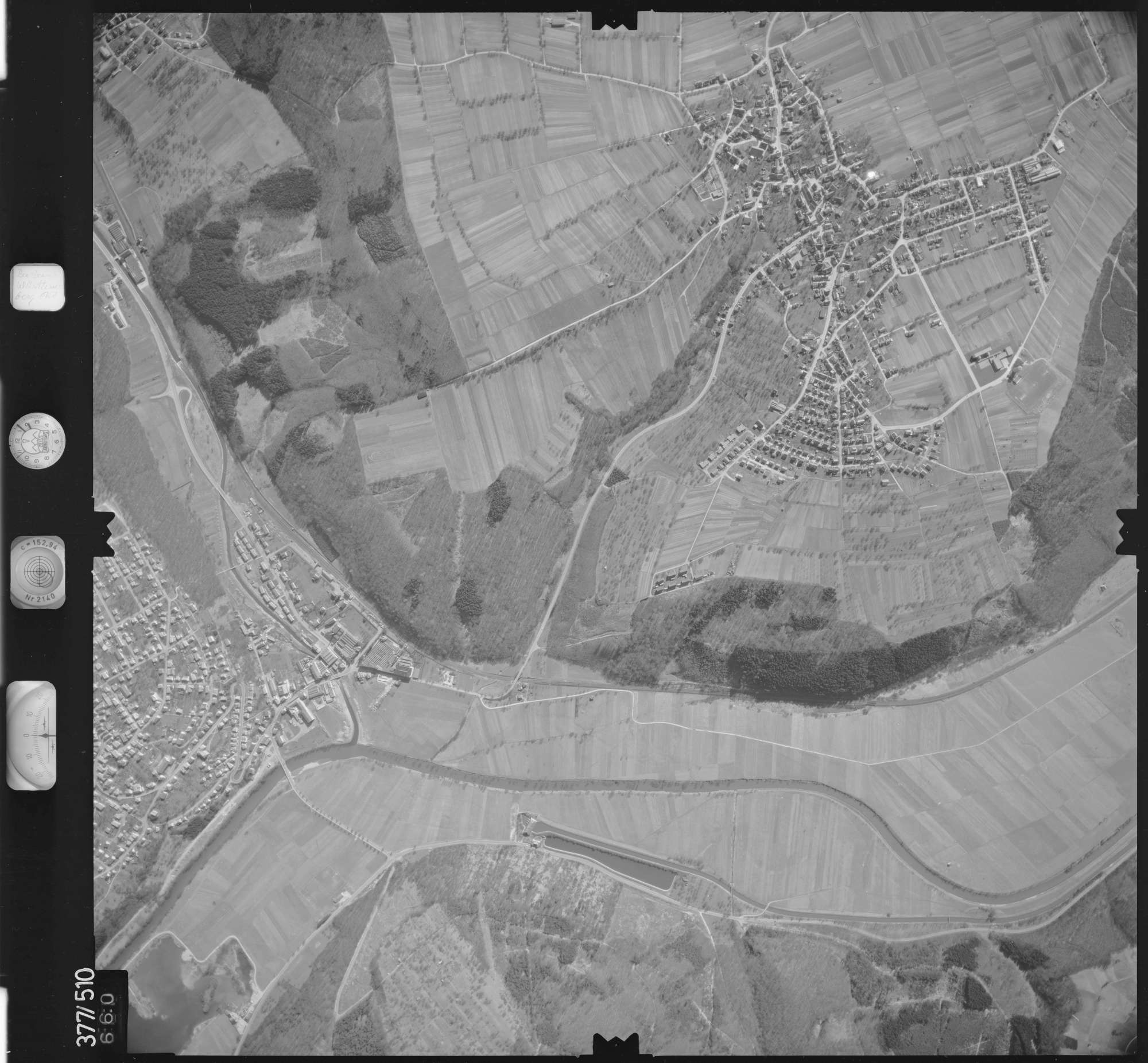 Luftbild: Film 31 Bildnr. 660, Bild 1
