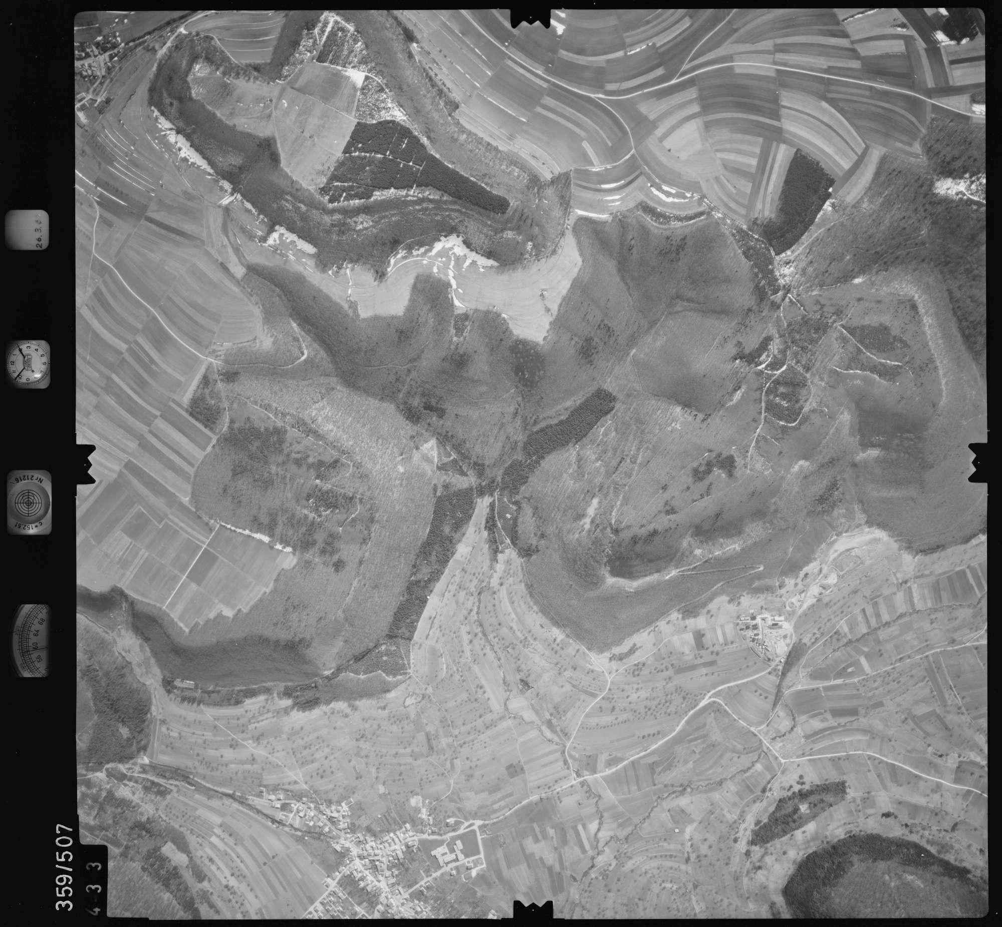 Luftbild: Film 20 Bildnr. 433, Bild 1