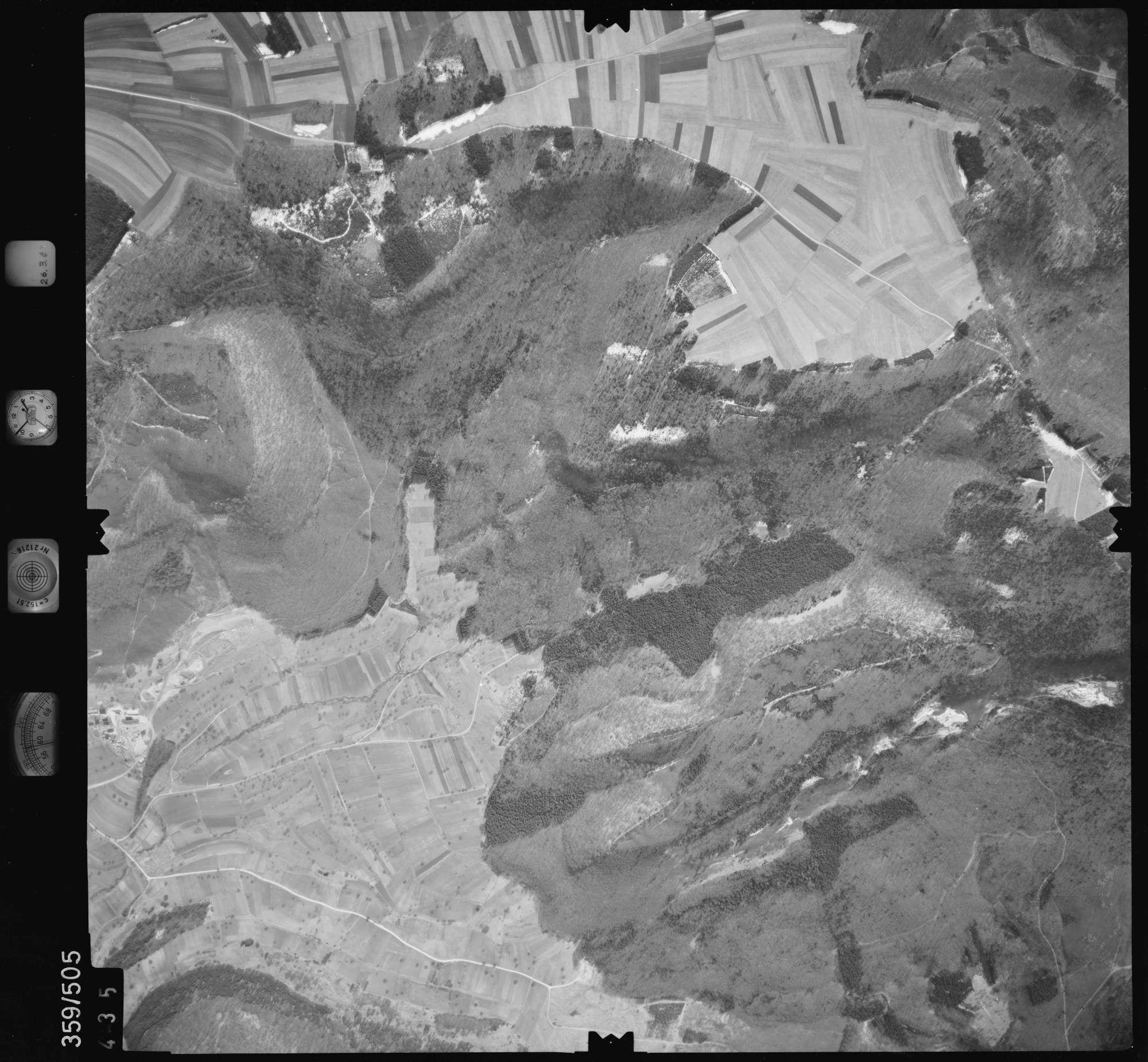 Luftbild: Film 20 Bildnr. 435, Bild 1
