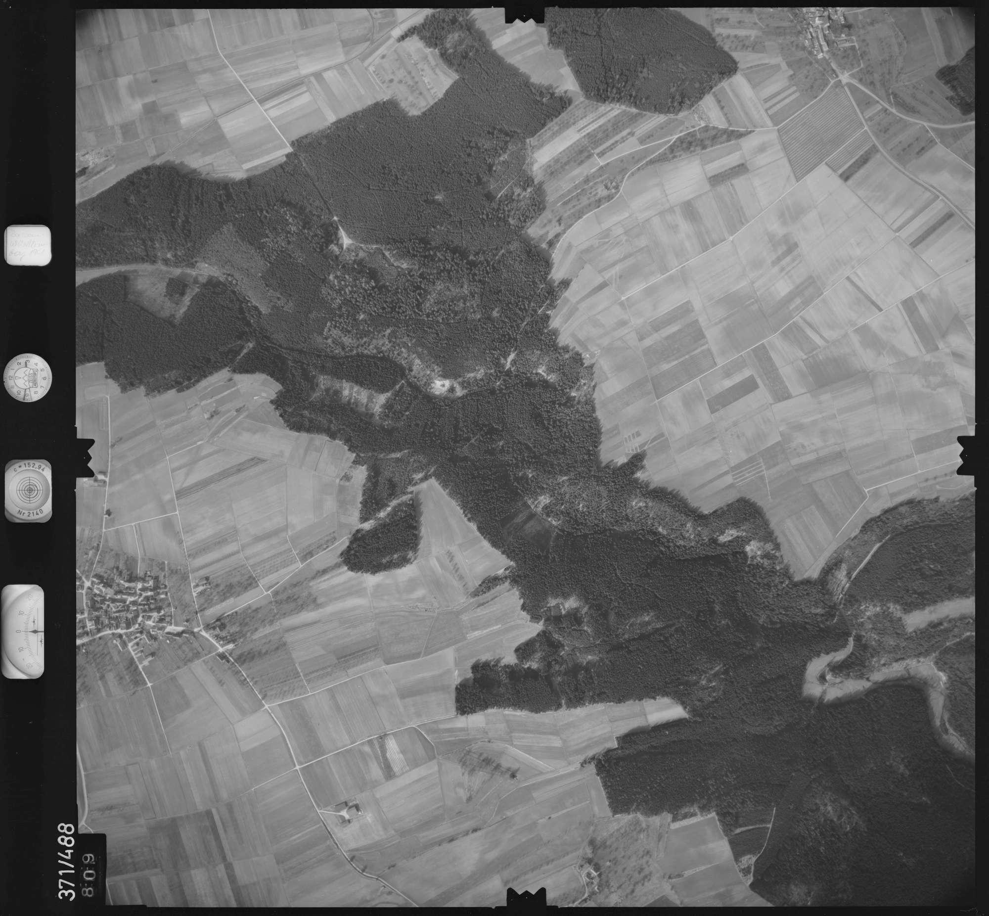 Luftbild: Film 33 Bildnr. 809, Bild 1