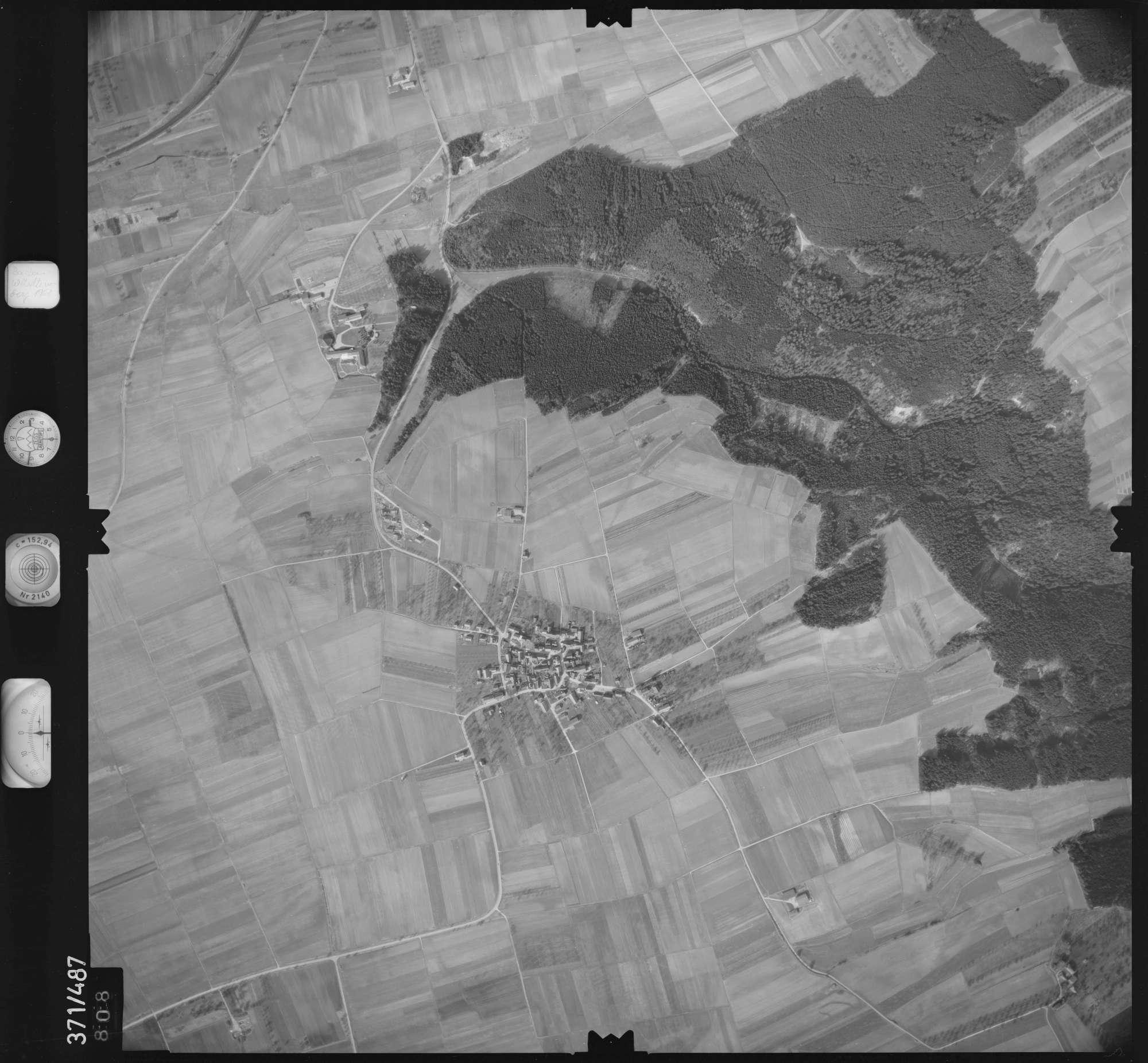 Luftbild: Film 33 Bildnr. 808, Bild 1