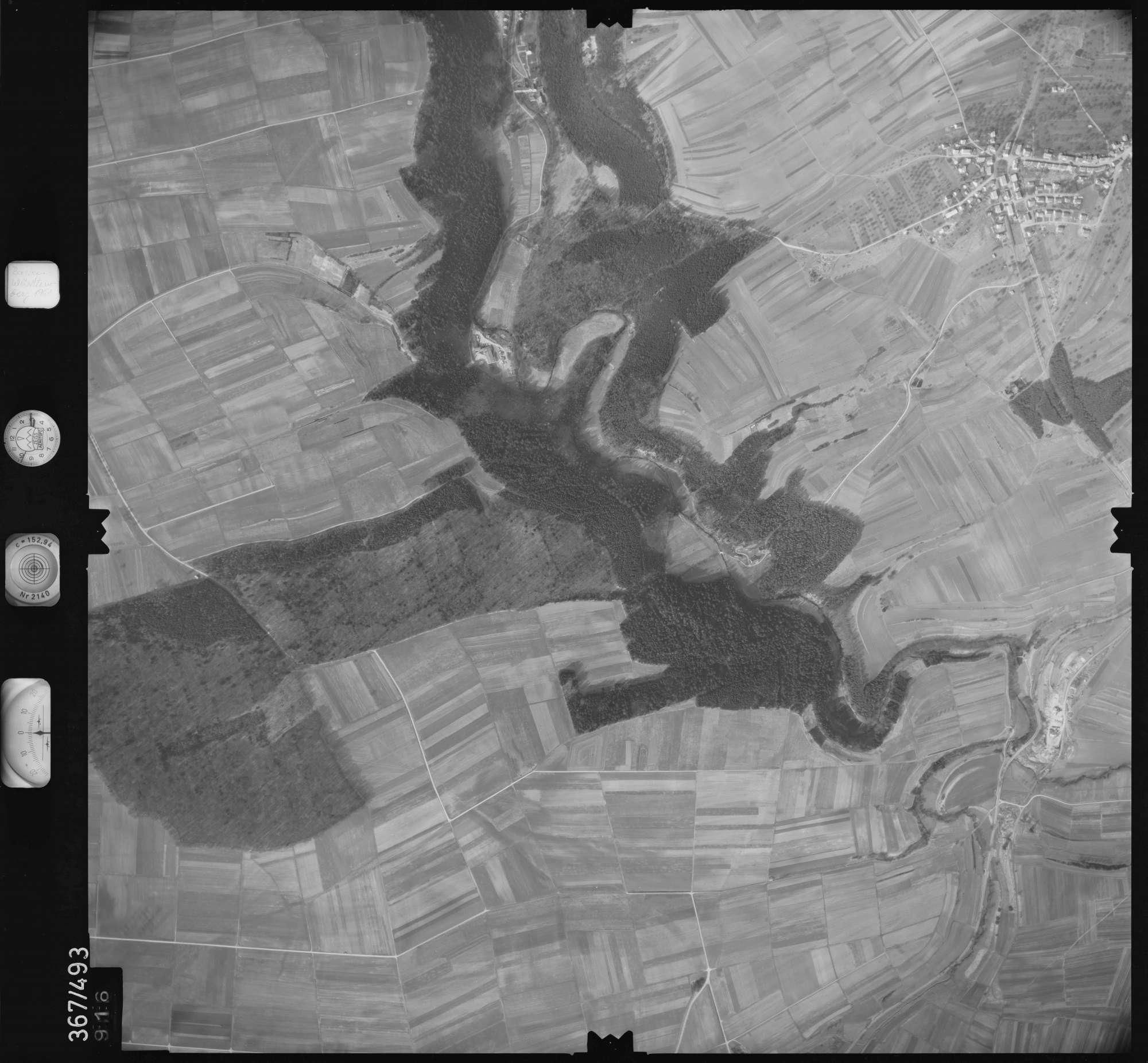 Luftbild: Film 33 Bildnr. 916, Bild 1