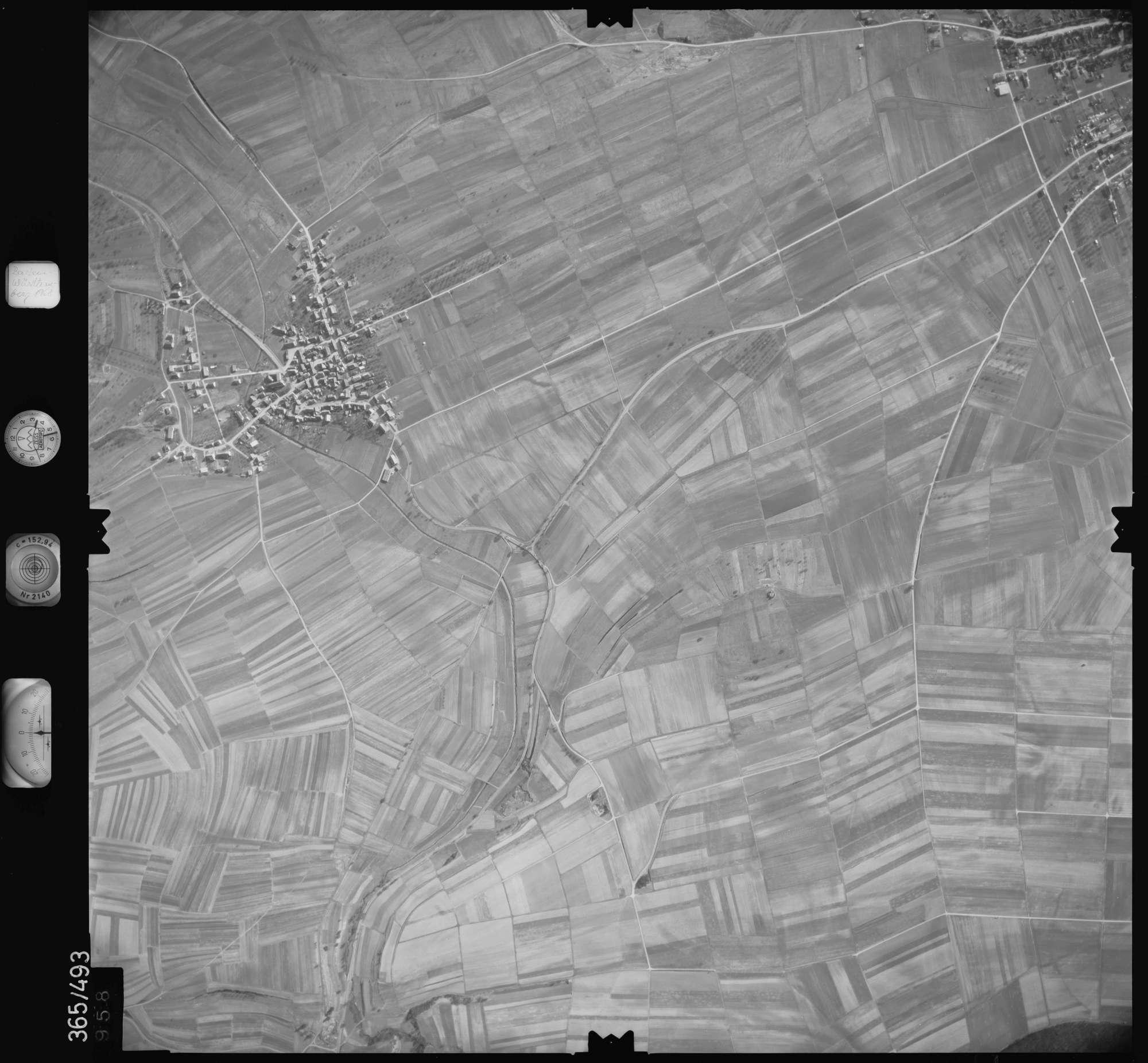 Luftbild: Film 33 Bildnr. 958, Bild 1