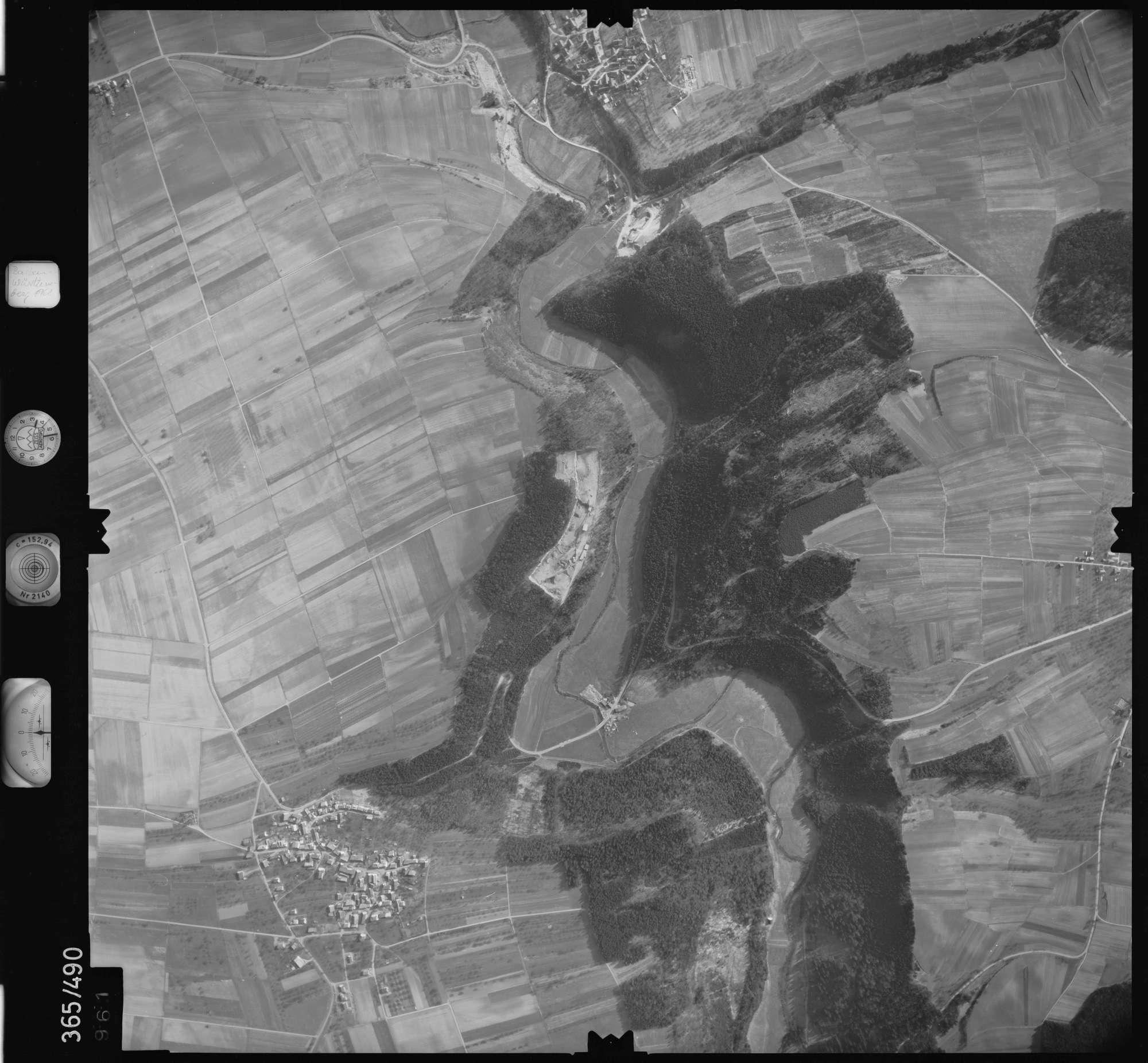 Luftbild: Film 33 Bildnr. 961, Bild 1