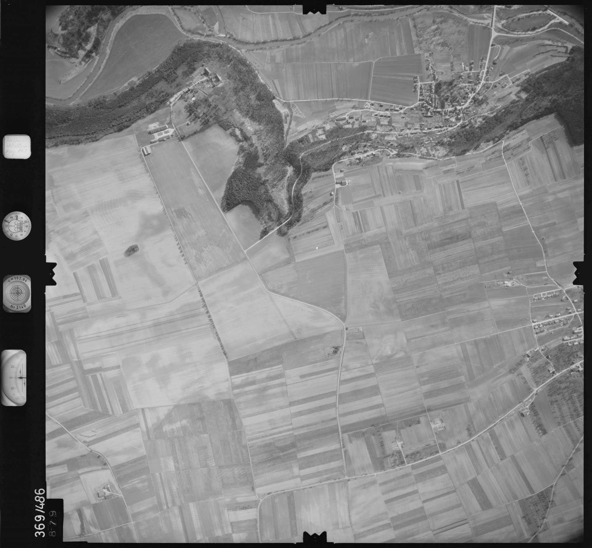 Luftbild: Film 33 Bildnr. 879, Bild 1