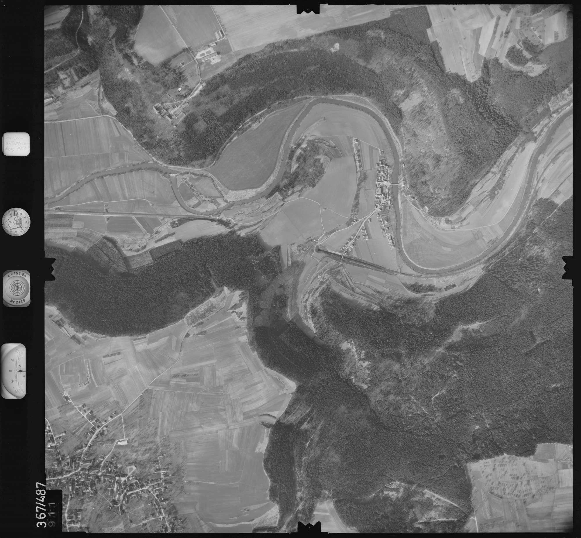 Luftbild: Film 33 Bildnr. 911, Bild 1