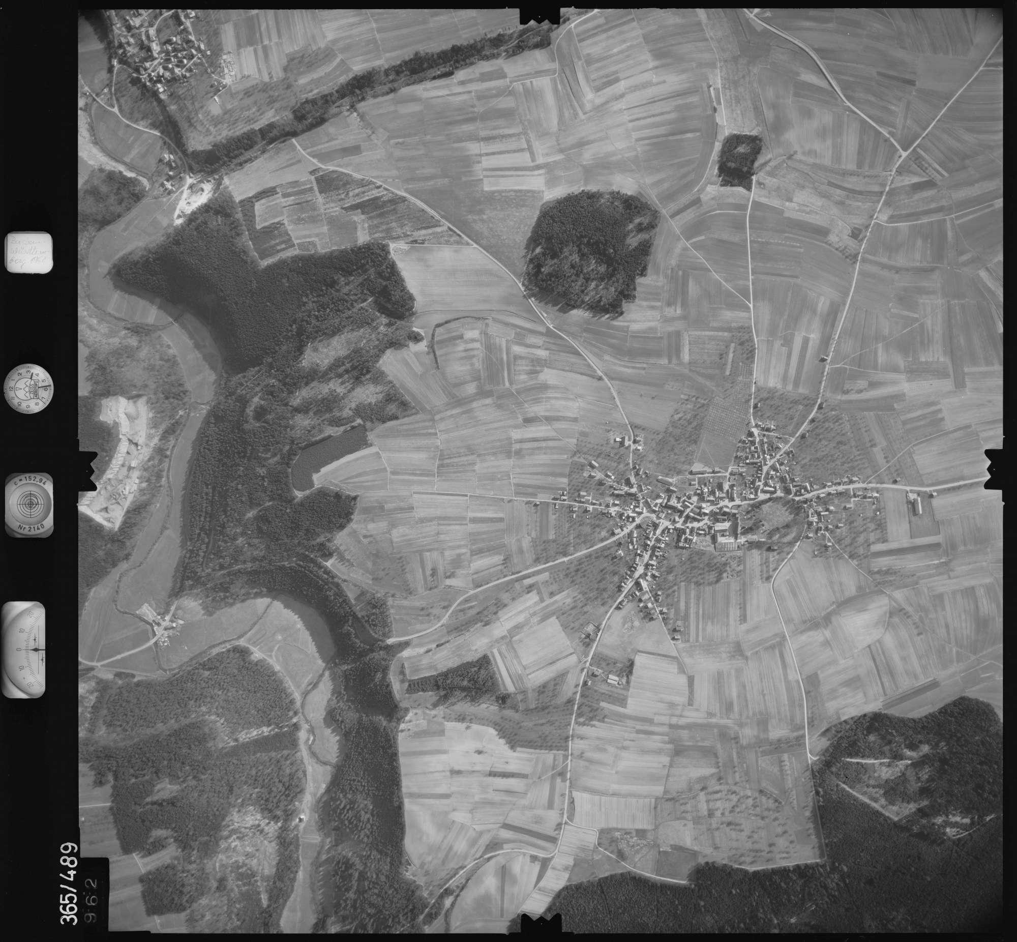 Luftbild: Film 33 Bildnr. 962, Bild 1