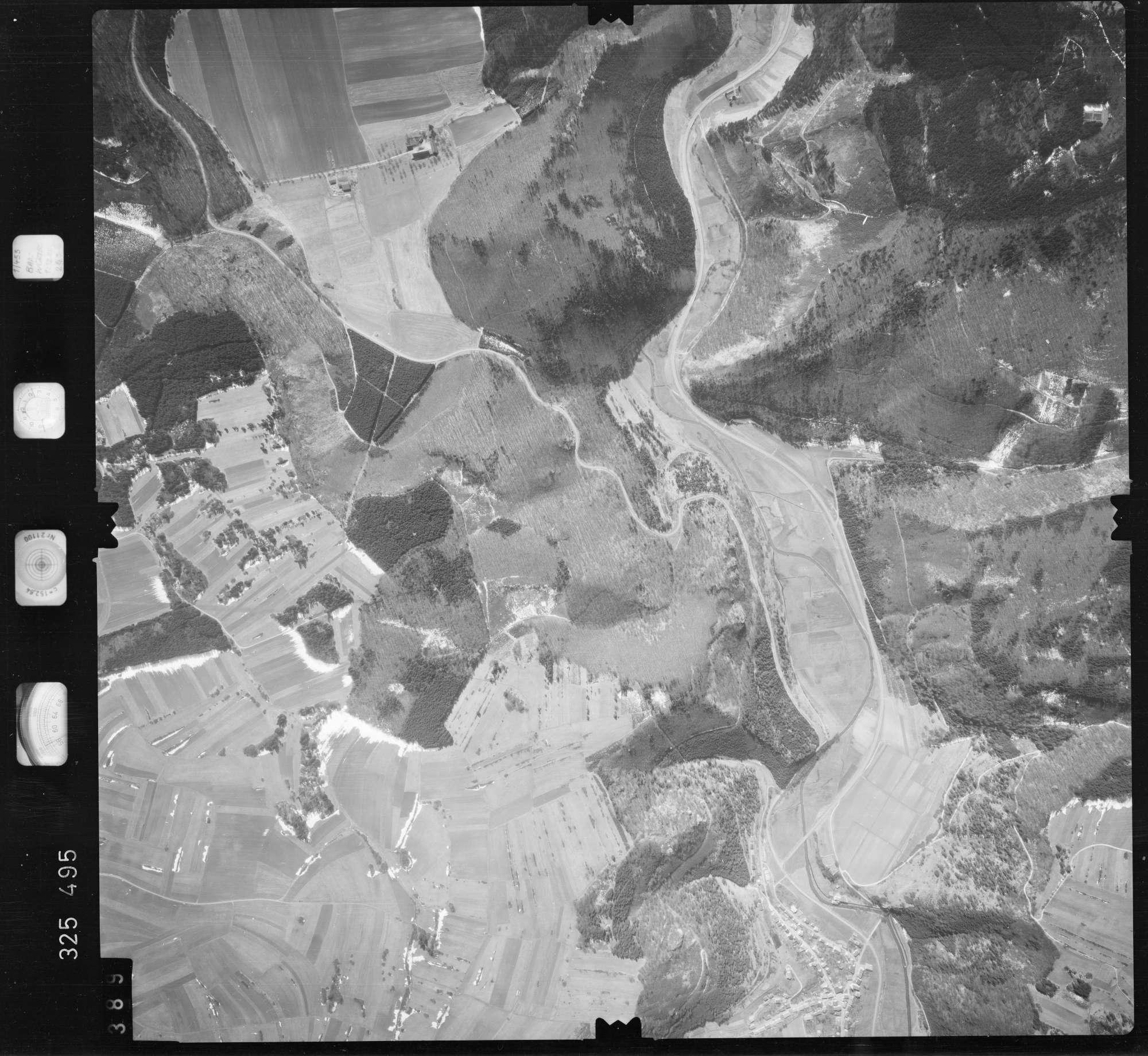 Luftbild: Film 52 Bildnr. 389, Bild 1