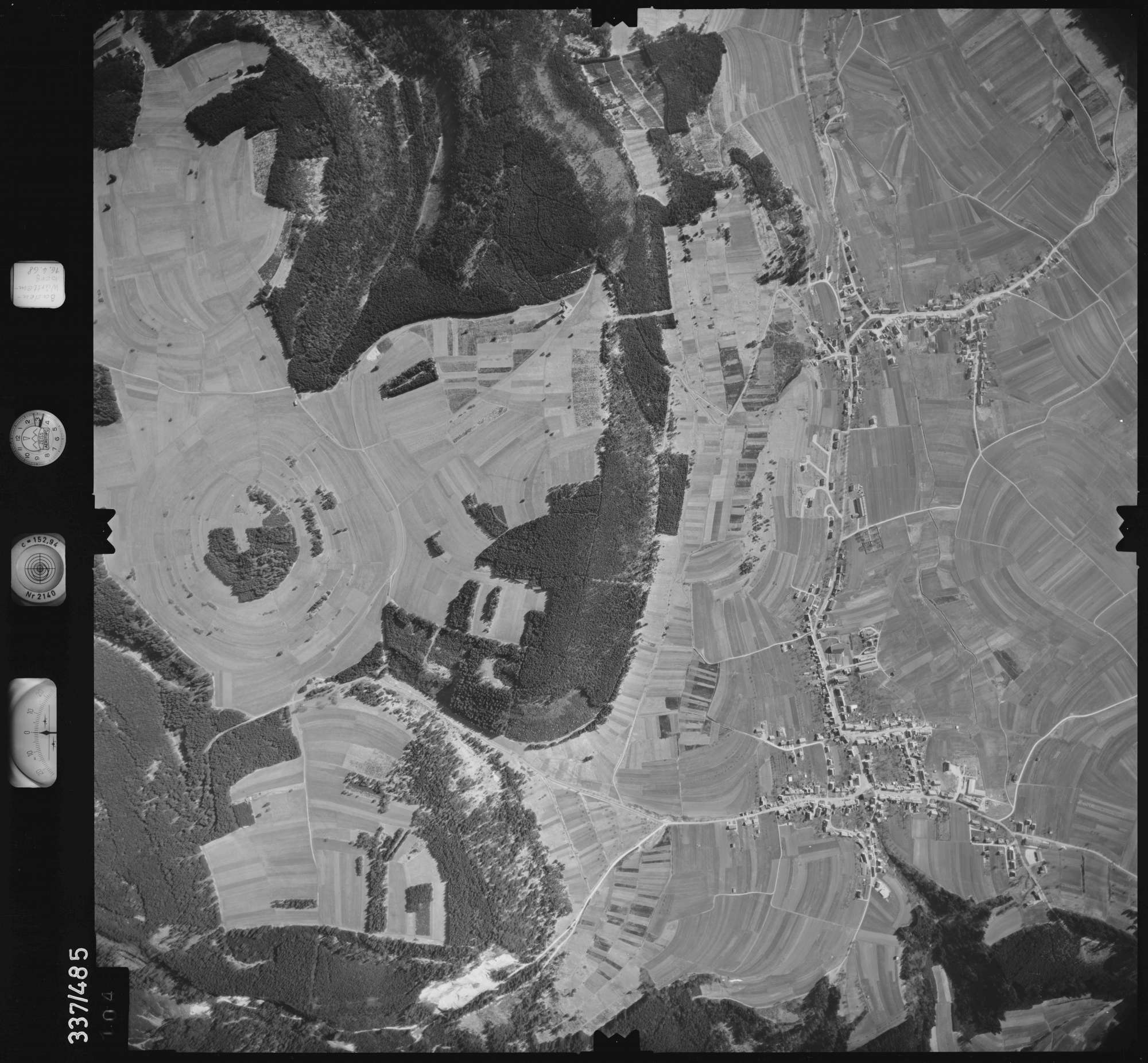 Luftbild: Film 49 Bildnr. 104, Bild 1