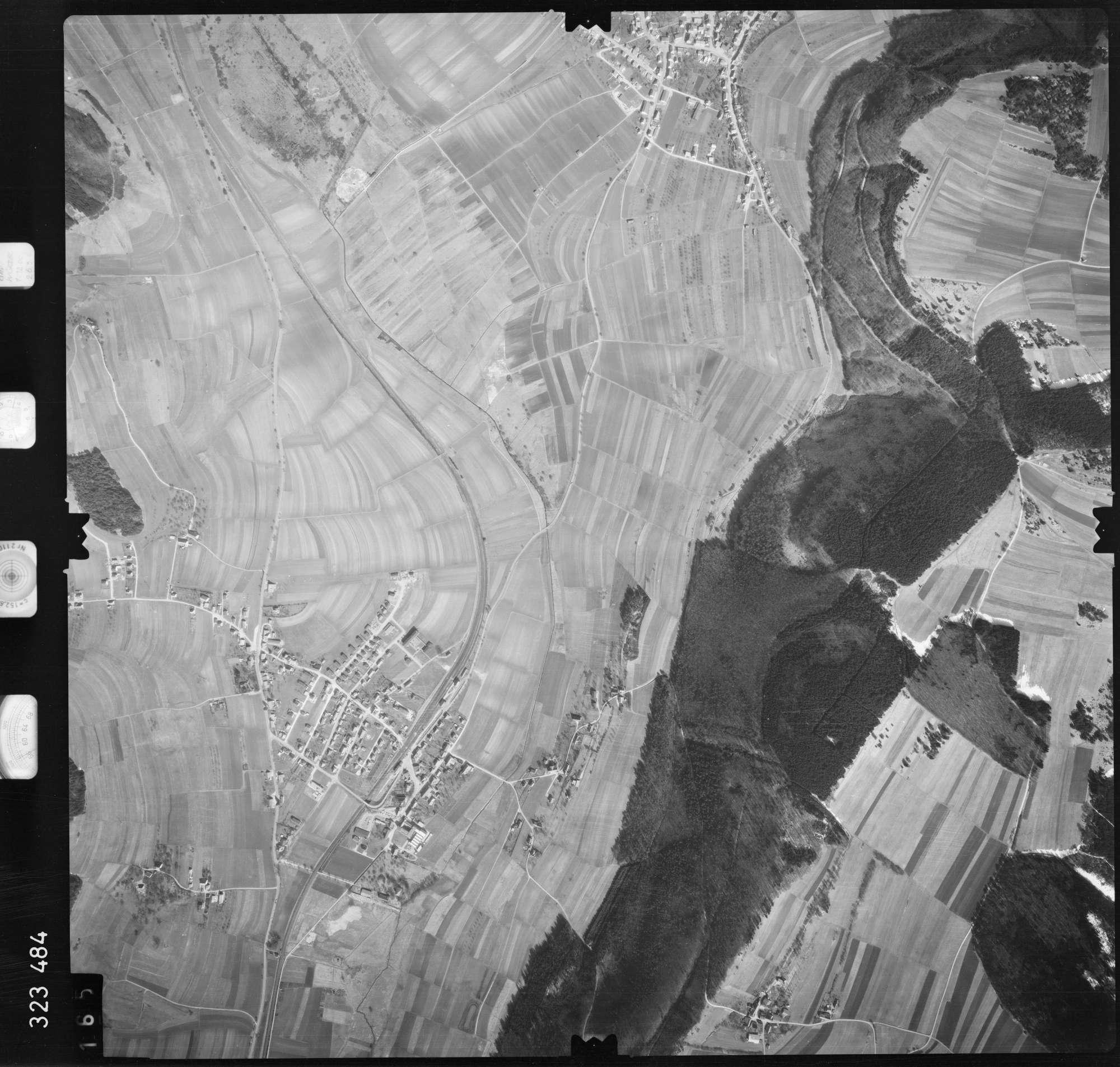 Luftbild: Film 53 Bildnr. 165, Bild 1