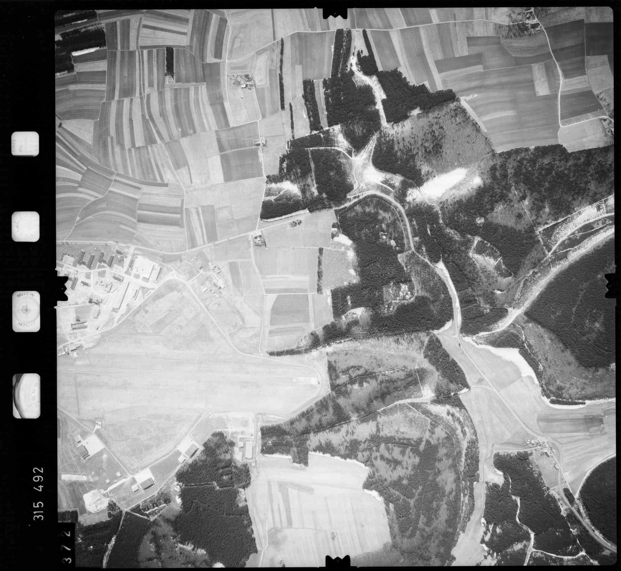 Luftbild: Film 58 Bildnr. 372, Bild 1