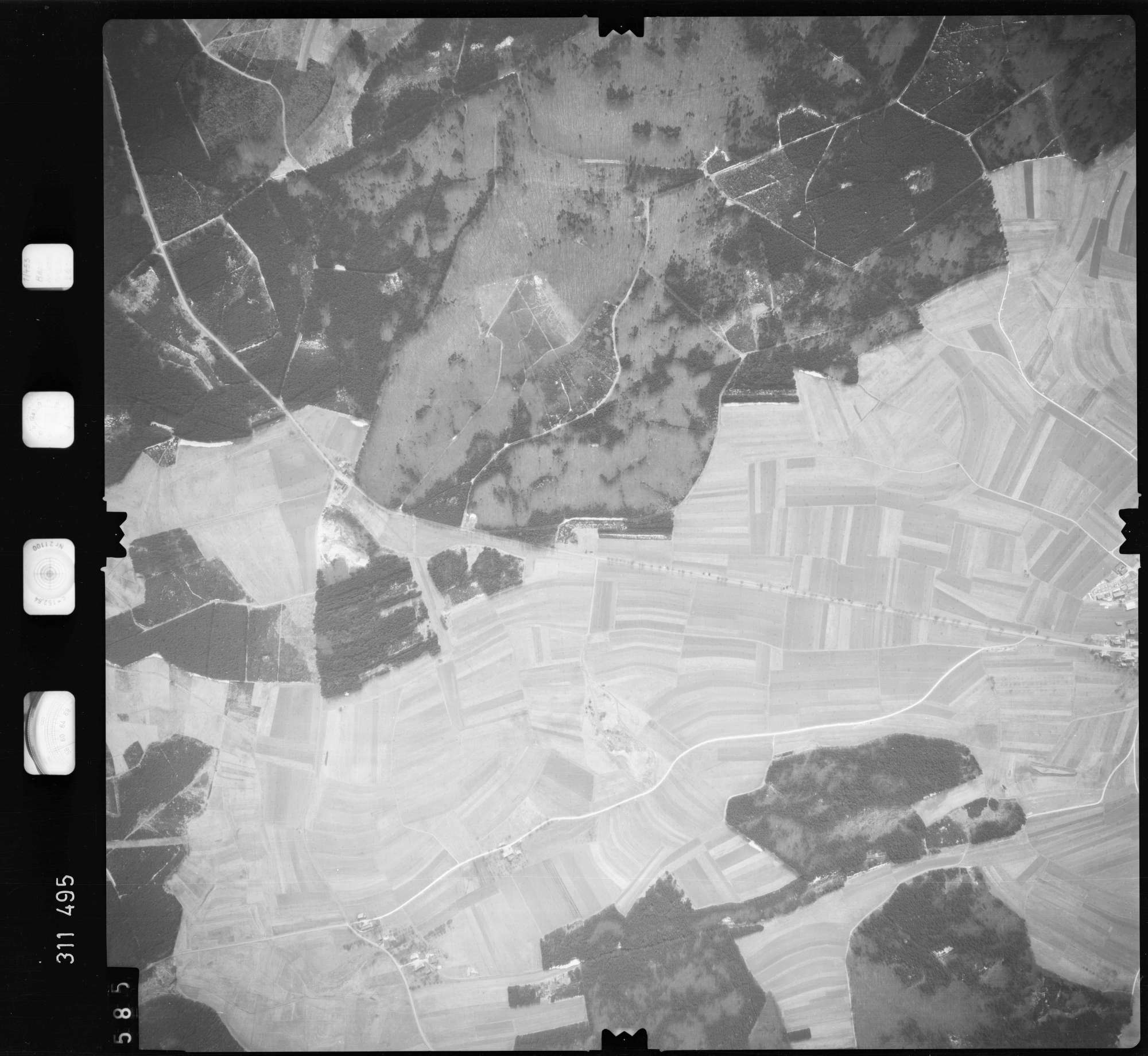 Luftbild: Film 58 Bildnr. 585, Bild 1