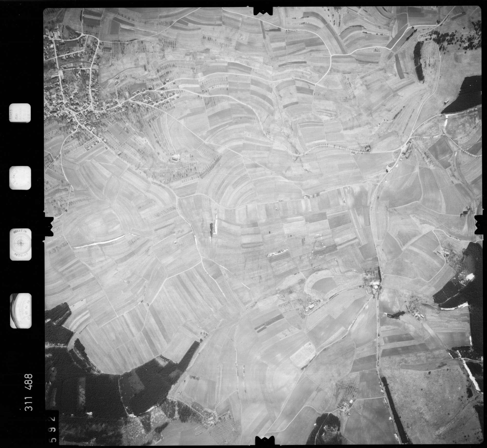 Luftbild: Film 58 Bildnr. 592, Bild 1