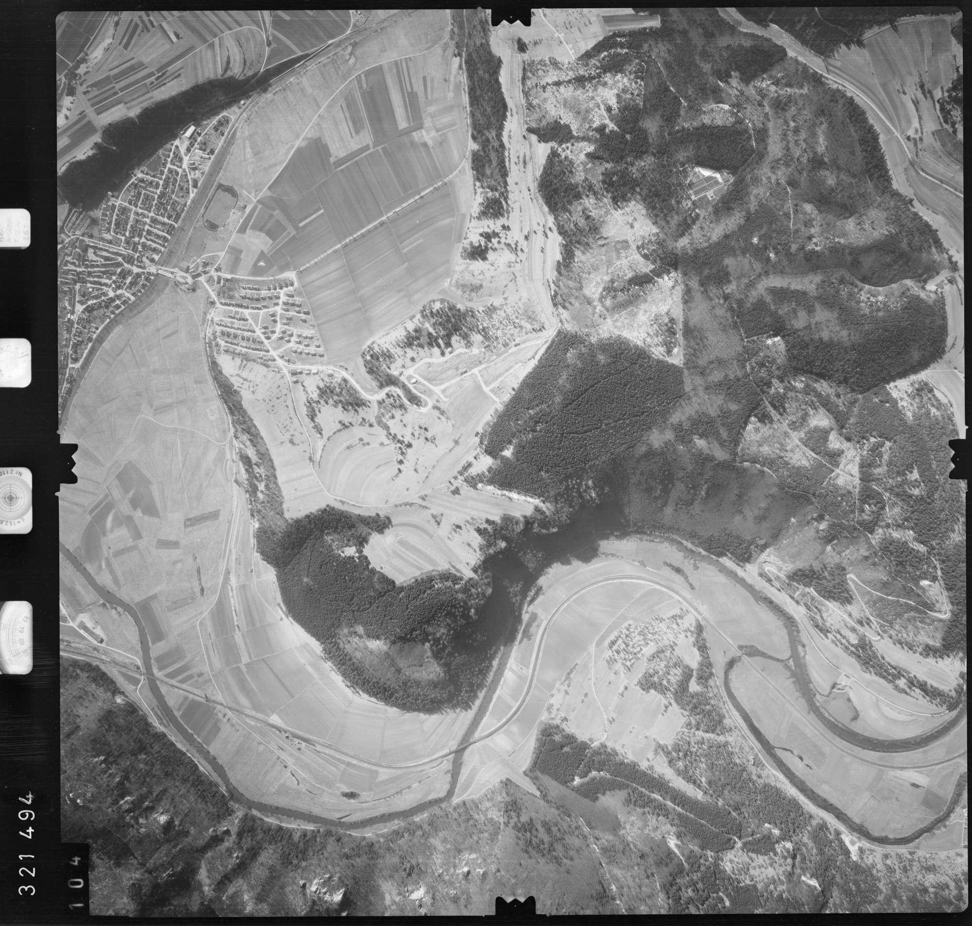 Luftbild: Film 53 Bildnr. 104, Bild 1