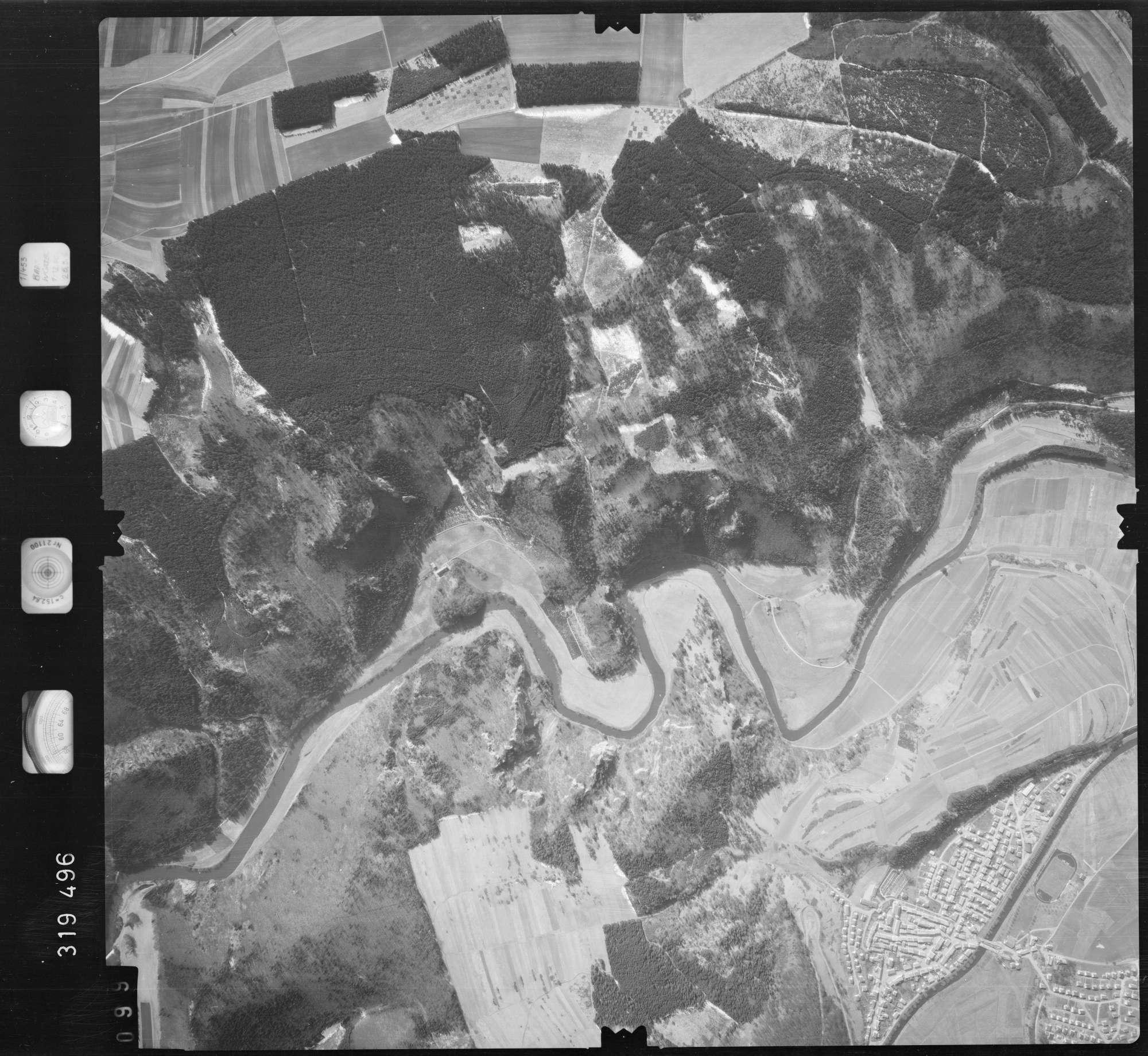 Luftbild: Film 57 Bildnr. 99, Bild 1