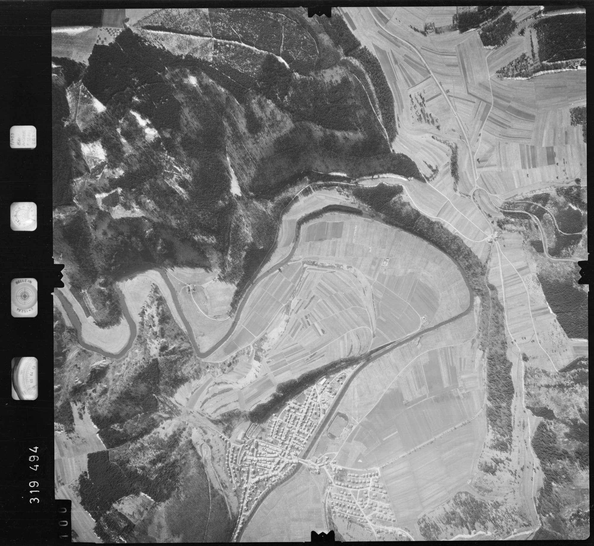 Luftbild: Film 57 Bildnr. 100, Bild 1