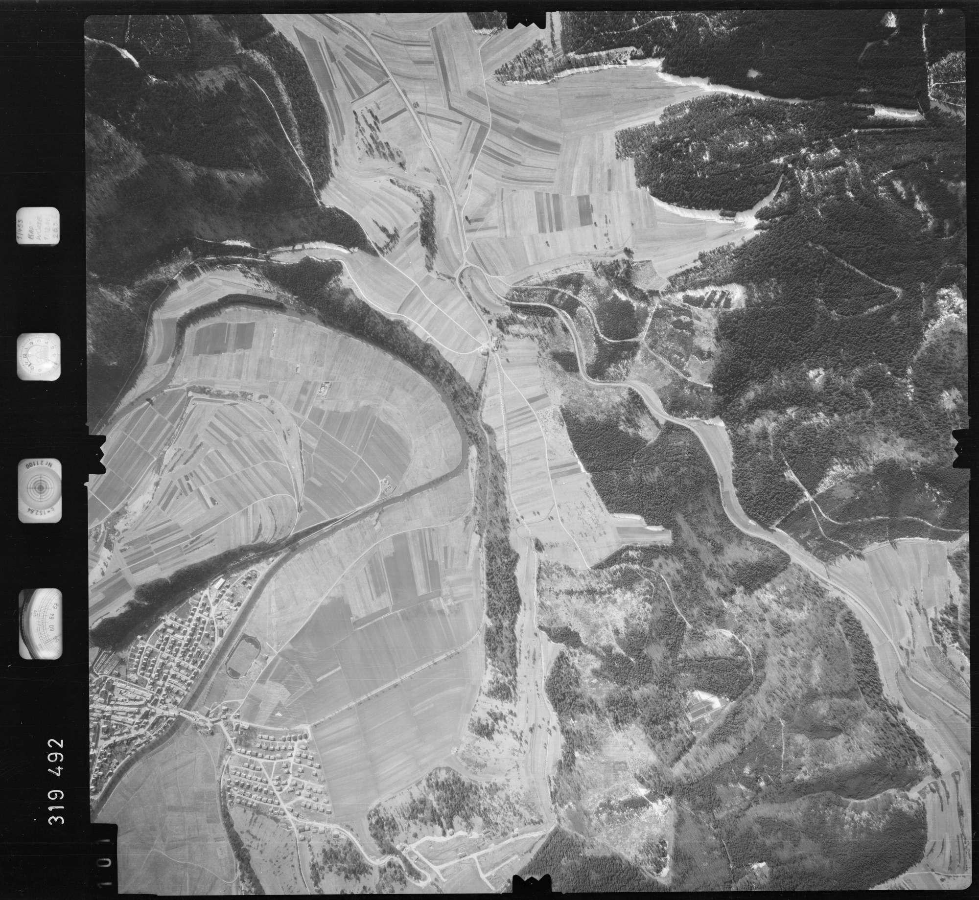 Luftbild: Film 57 Bildnr. 101, Bild 1