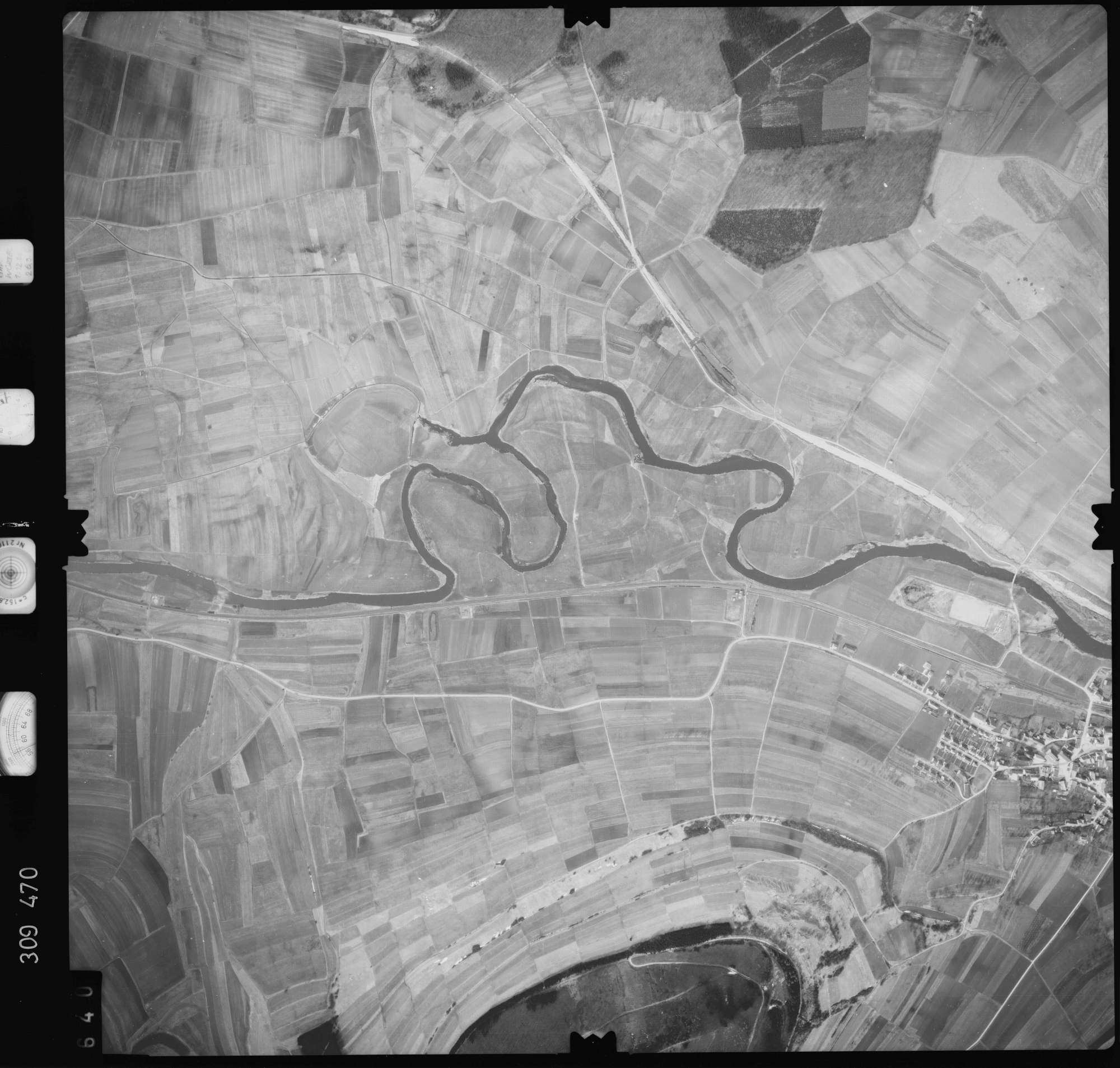 Luftbild: Film 59 Bildnr. 640, Bild 1