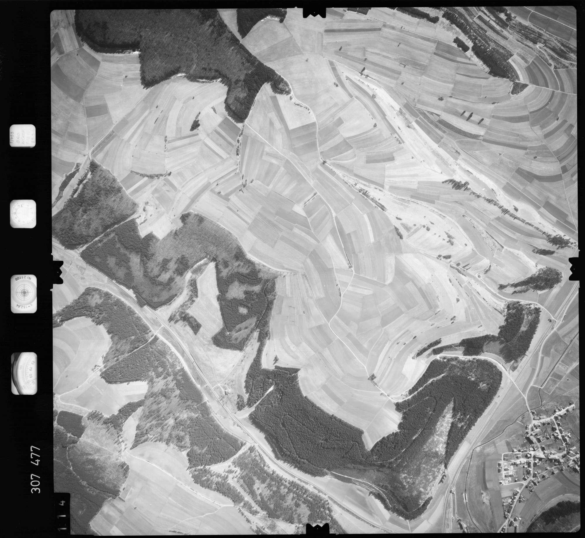 Luftbild: Film 61 Bildnr. 114, Bild 1