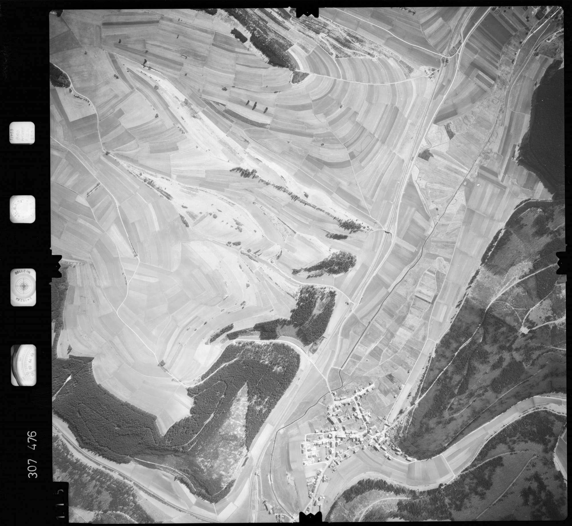 Luftbild: Film 61 Bildnr. 115, Bild 1