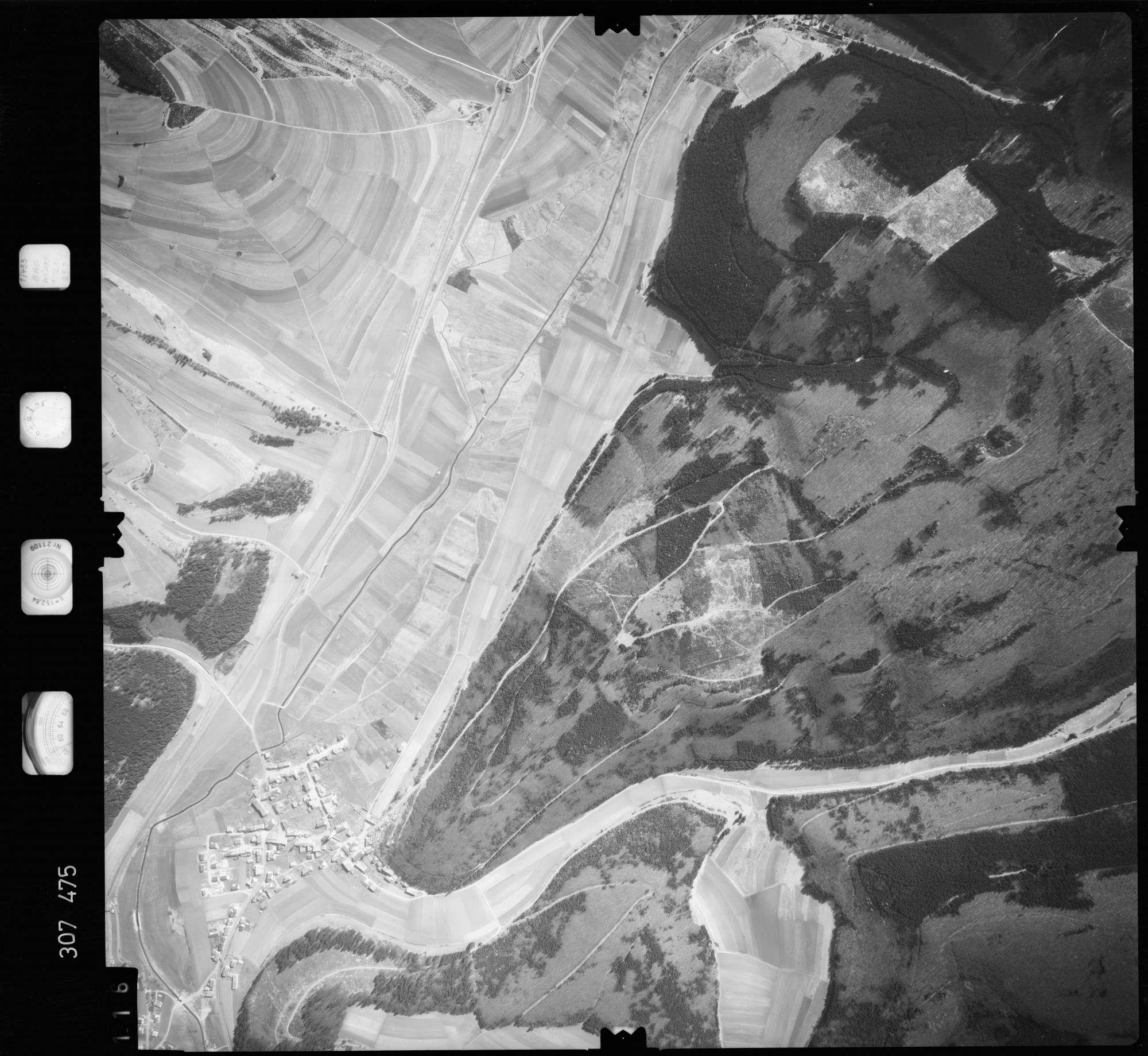 Luftbild: Film 61 Bildnr. 116, Bild 1