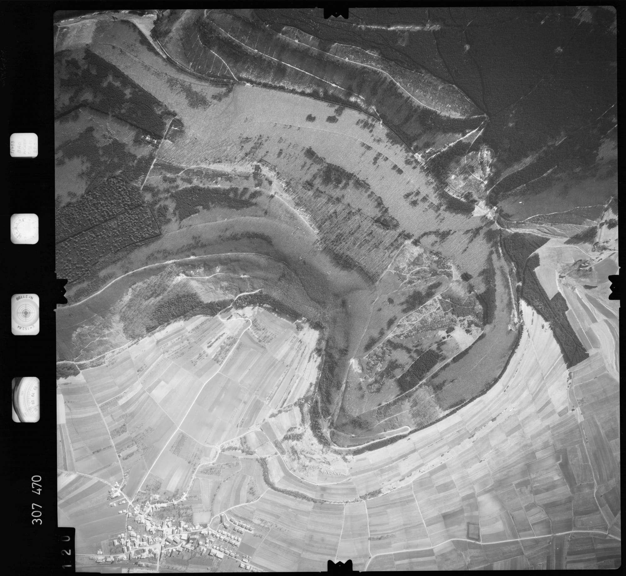 Luftbild: Film 61 Bildnr. 120, Bild 1