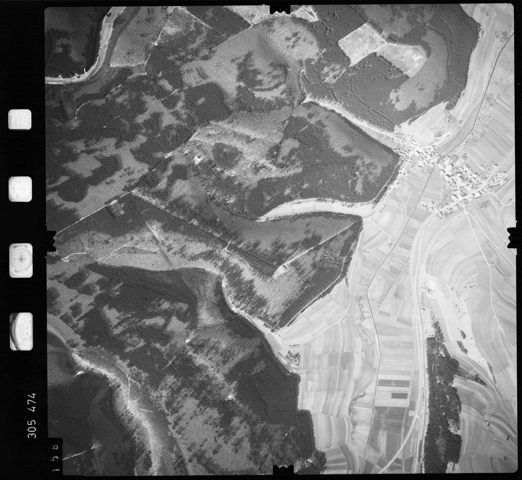 Luftbild: Film 61 Bildnr. 158, Bild 1
