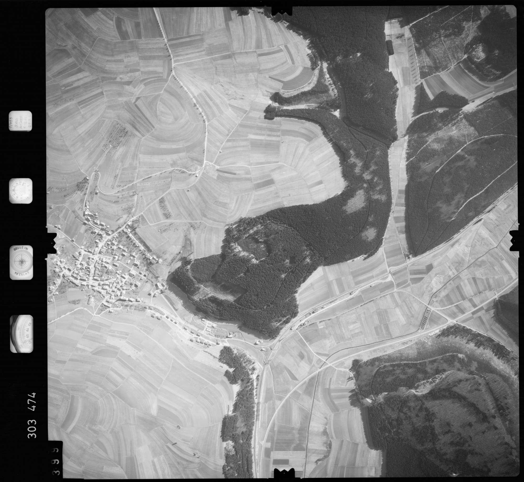 Luftbild: Film 64 Bildnr. 399, Bild 1
