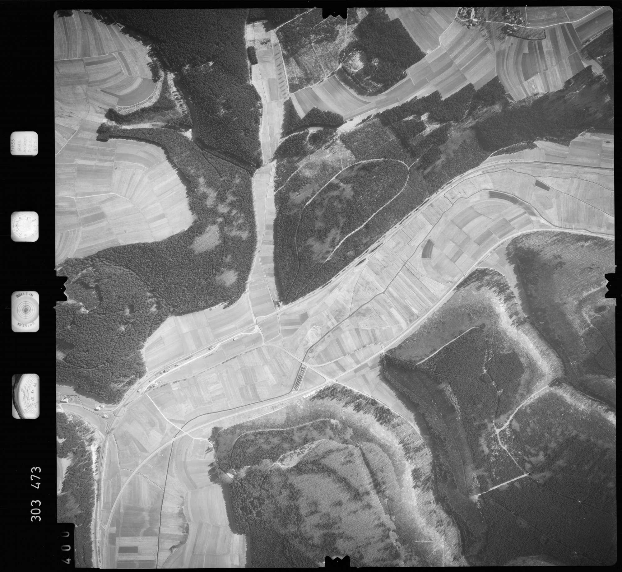 Luftbild: Film 64 Bildnr. 400, Bild 1