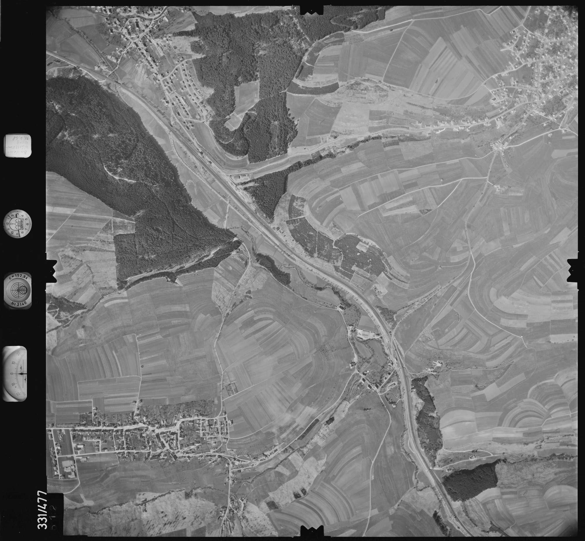 Luftbild: Film 89 Bildnr. 512, Bild 1