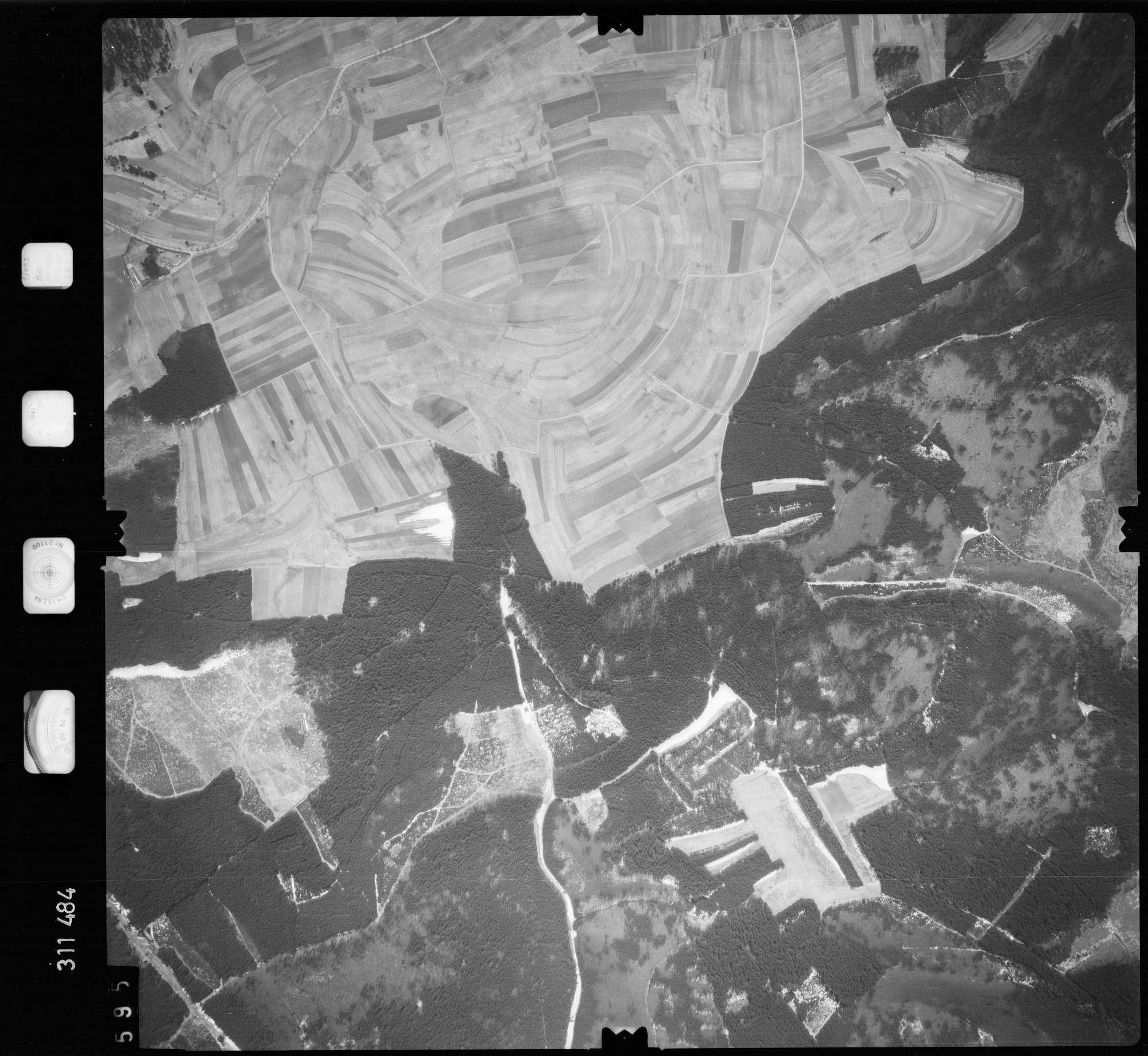 Luftbild: Film 58 Bildnr. 595, Bild 1
